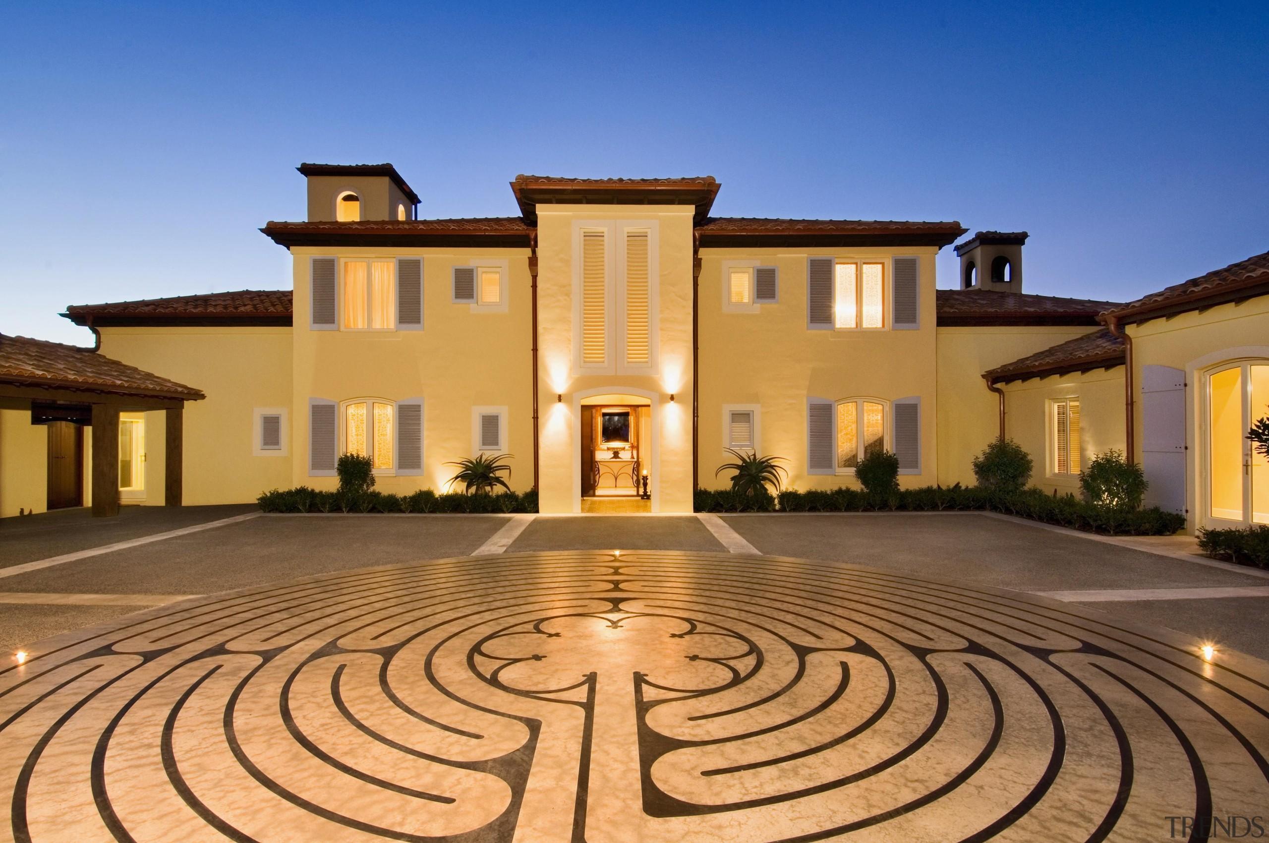 133 mahoenui 3 - Mahoenui 3 - building building, estate, facade, hacienda, home, house, lighting, mansion, property, real estate, villa, brown, orange, blue