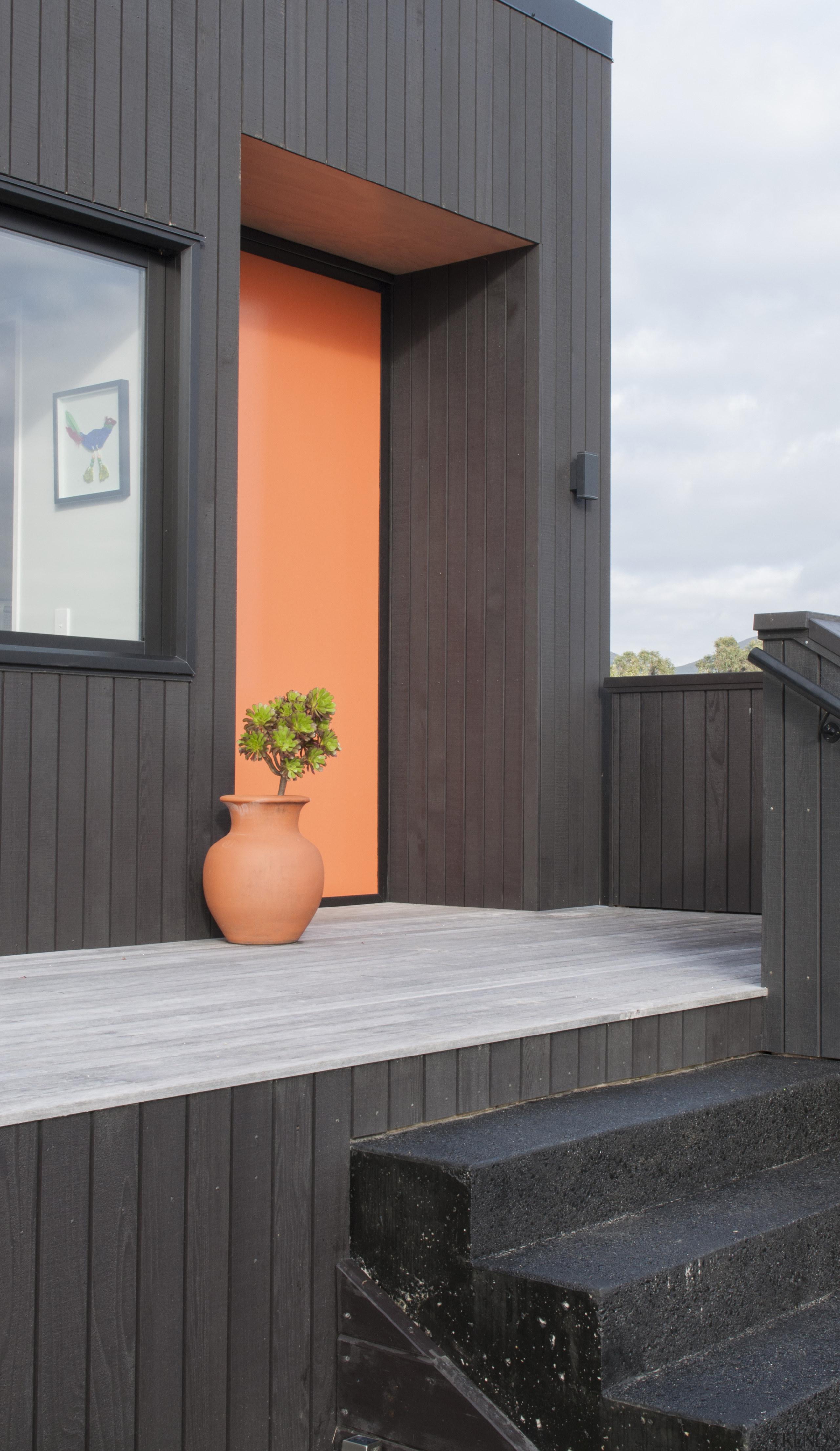 Dsc8529 - architecture | facade | home | architecture, facade, home, house, siding, window, wood, black, gray