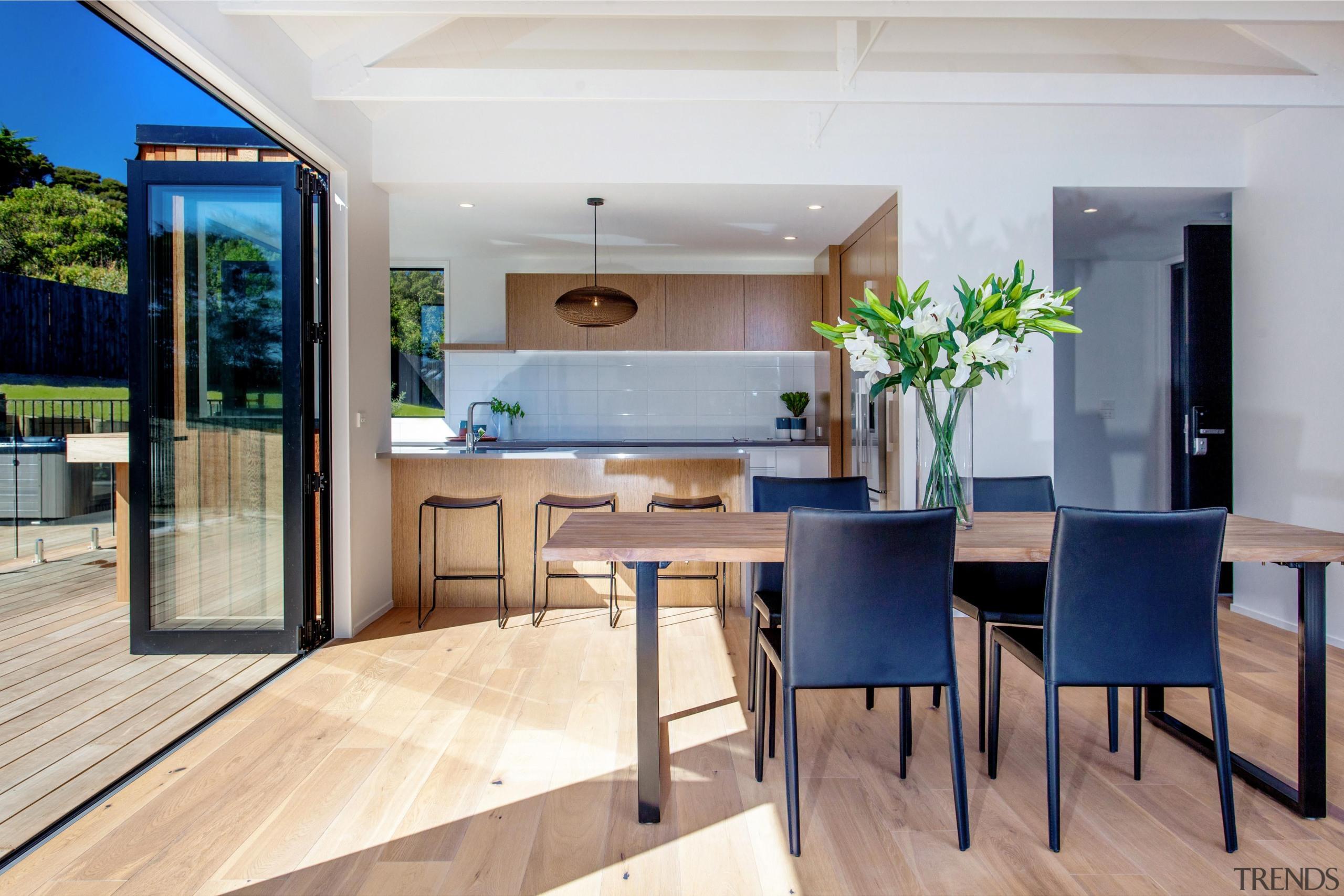 c151.jpg - floor | house | interior design floor, house, interior design, real estate, table, gray, white