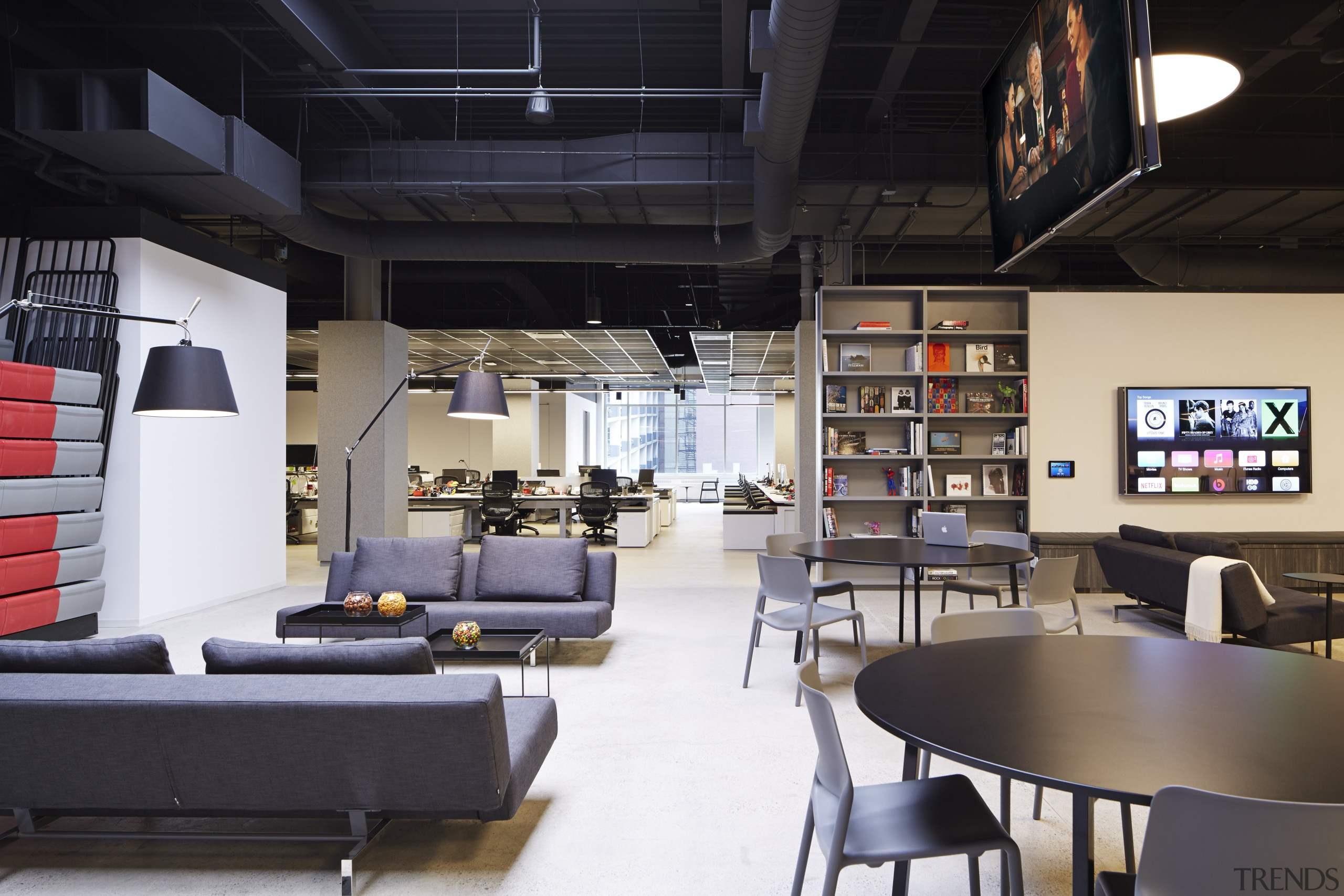 Havas, Chicago by Gary Lee Partners  the interior design, loft, black, white