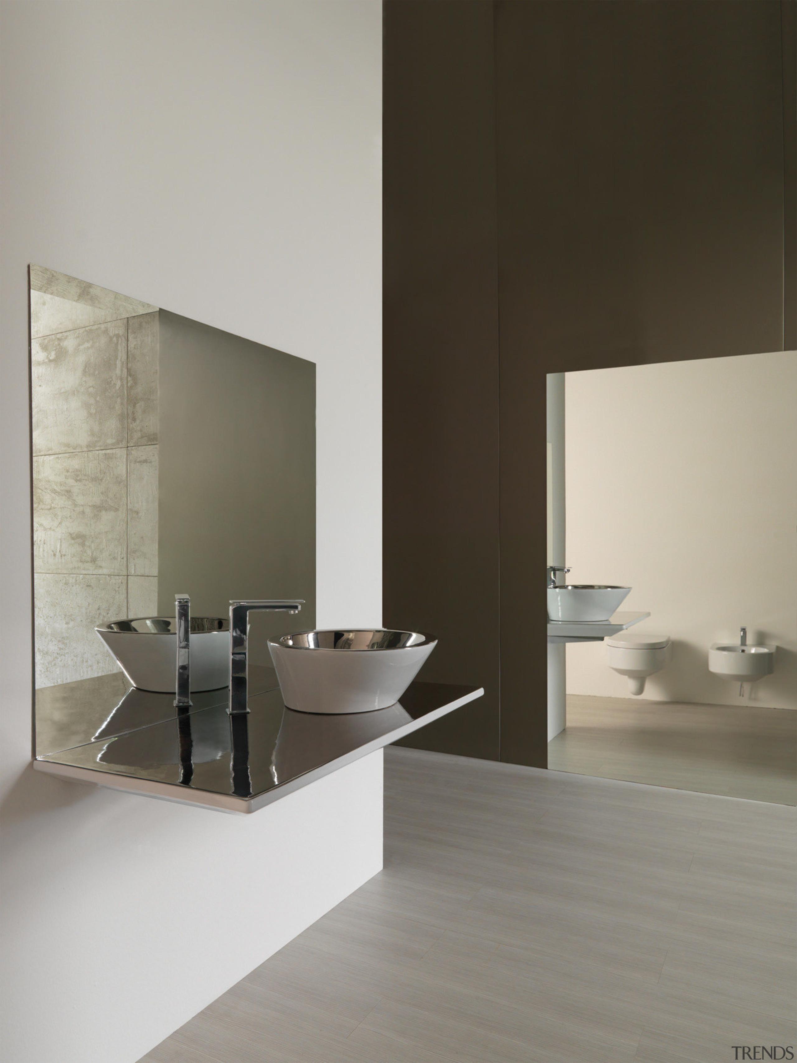 Studio Bagnos couture Svaso Tondo bench basin is architecture, bathroom, bathroom accessory, floor, interior design, product design, sink, tap, gray, black