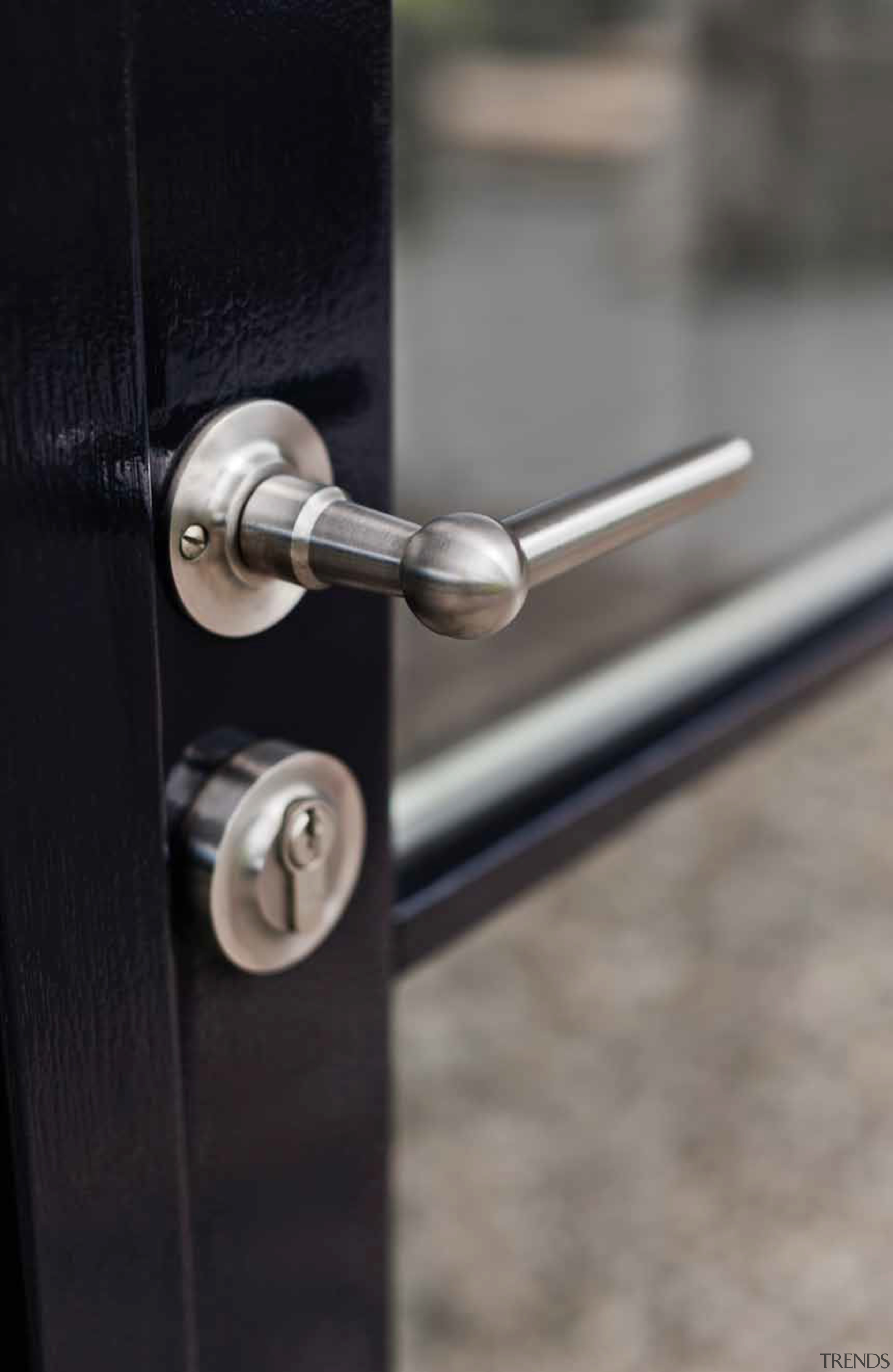 FVL85/40 - Solid Unsprung Lever Handle Attached to lock, metal, gray, black