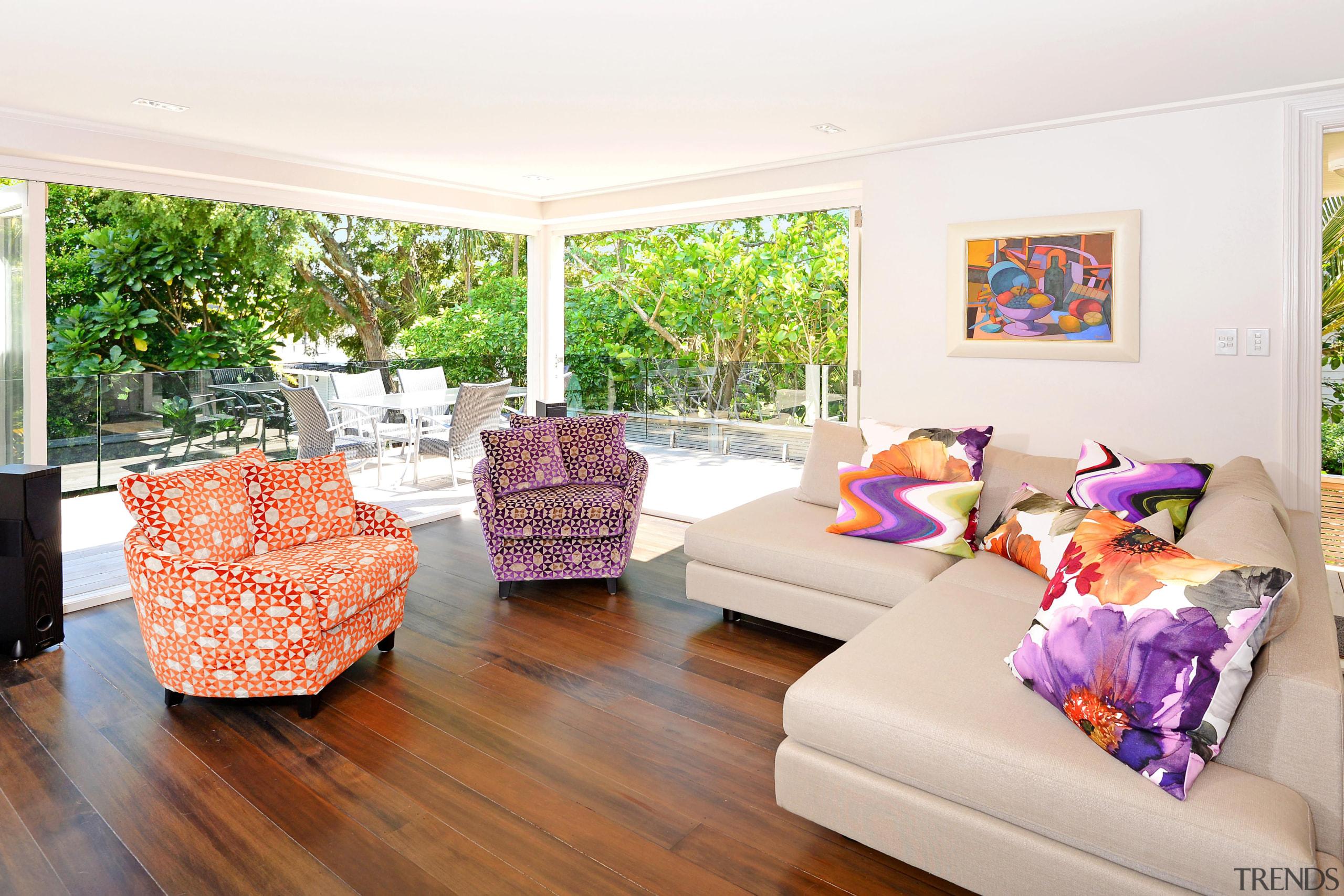 6001885.jpg - 6001885.jpg - estate | floor | estate, floor, home, house, interior design, living room, property, real estate, room, white
