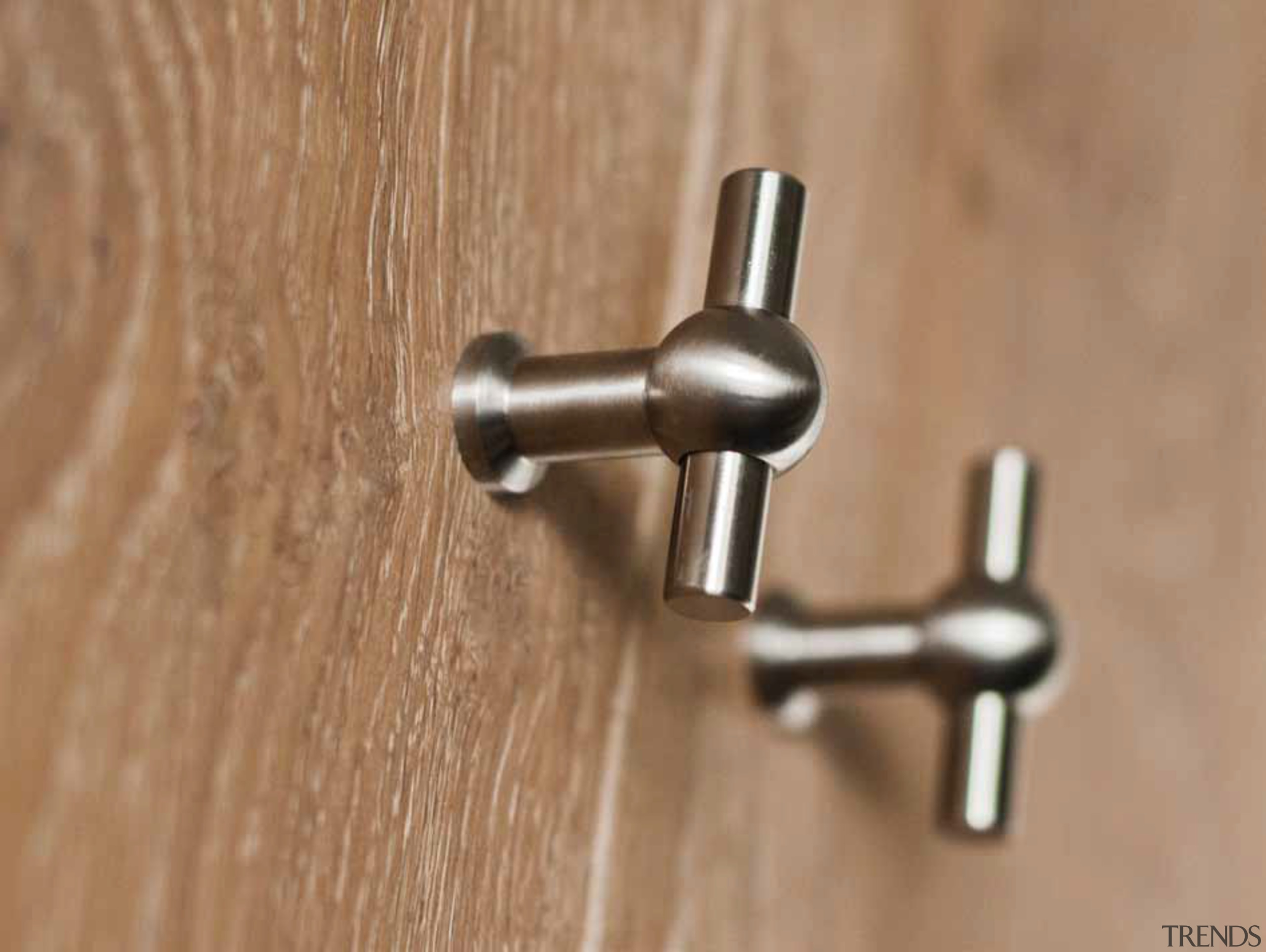 FV195 - Solid Cabinet Knob. Available in Polished tap, brown, orange