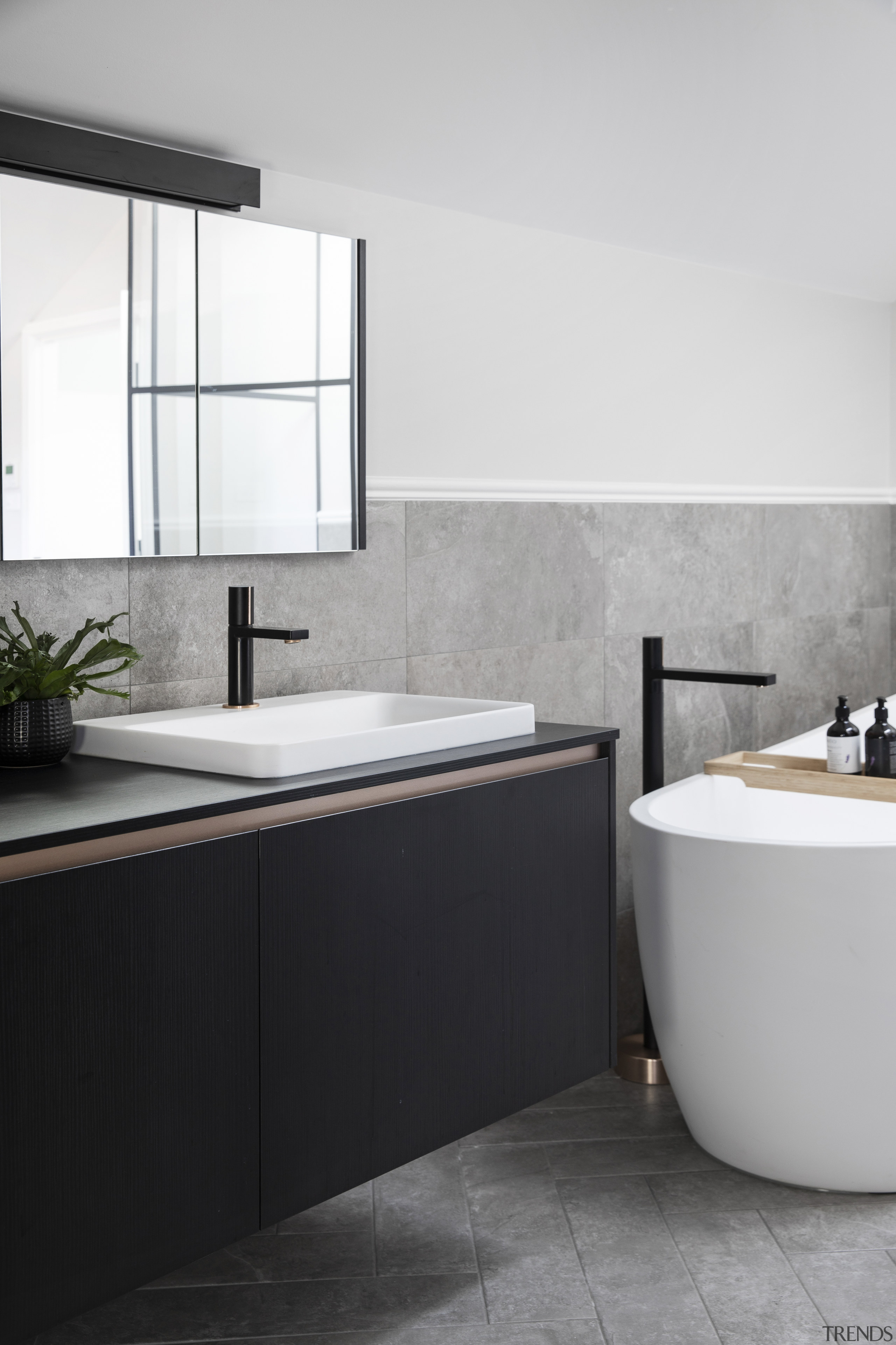 The natural palette of tiles in large format