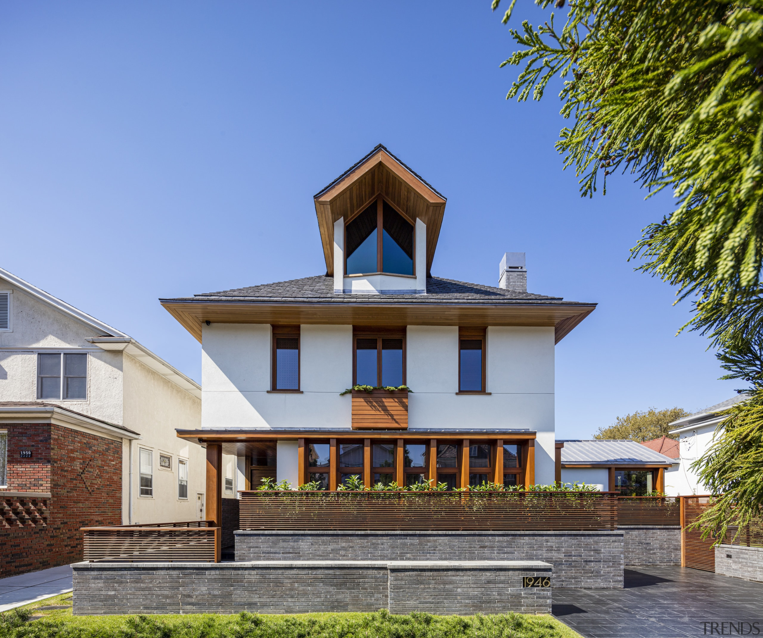 As well as a dramatic form, this home's