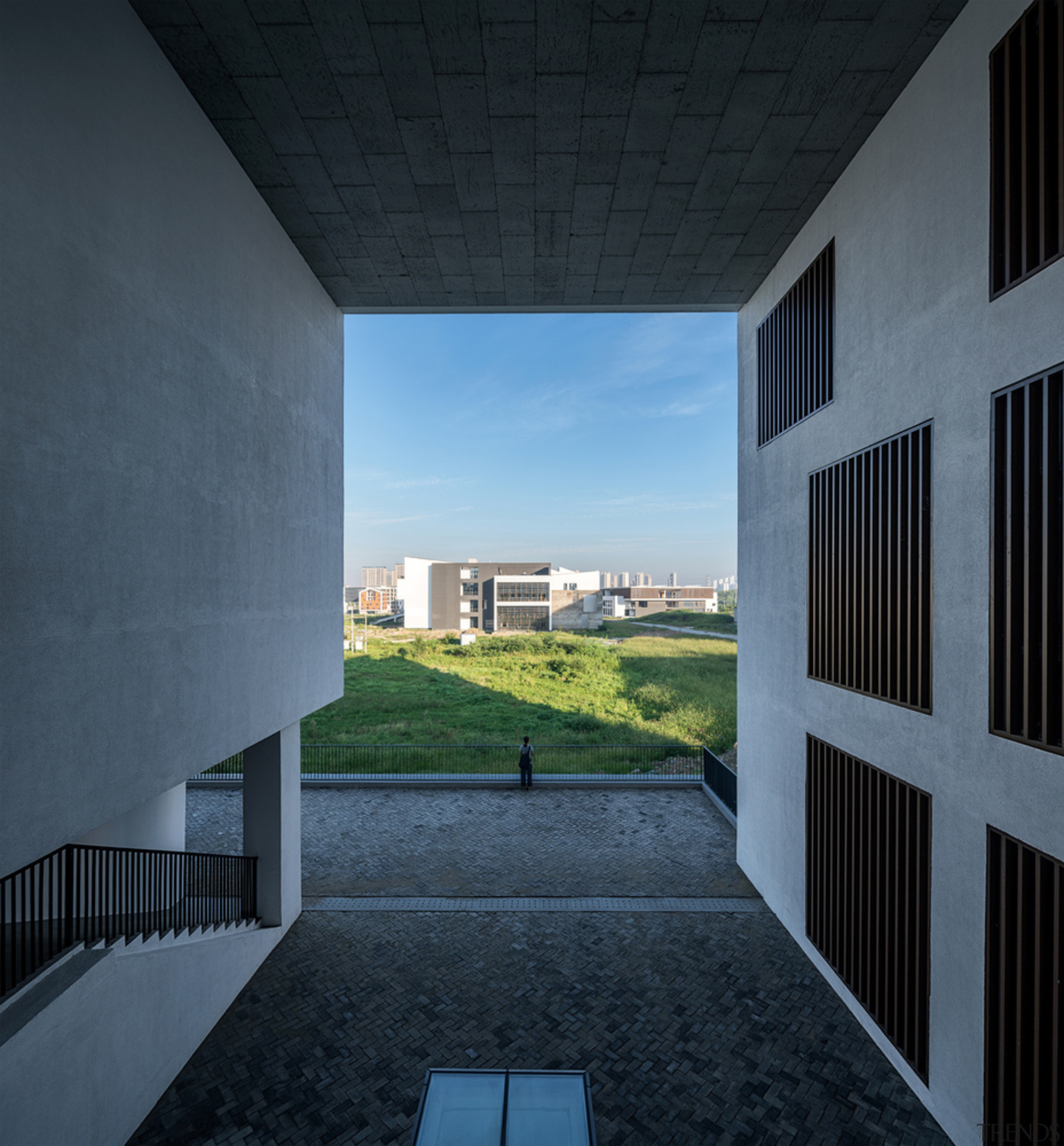 Gallery 4 - apartment | architecture | building apartment, architecture, building, cloud, daylighting, daytime, facade, home, house, sky, structure, sunlight, window, black