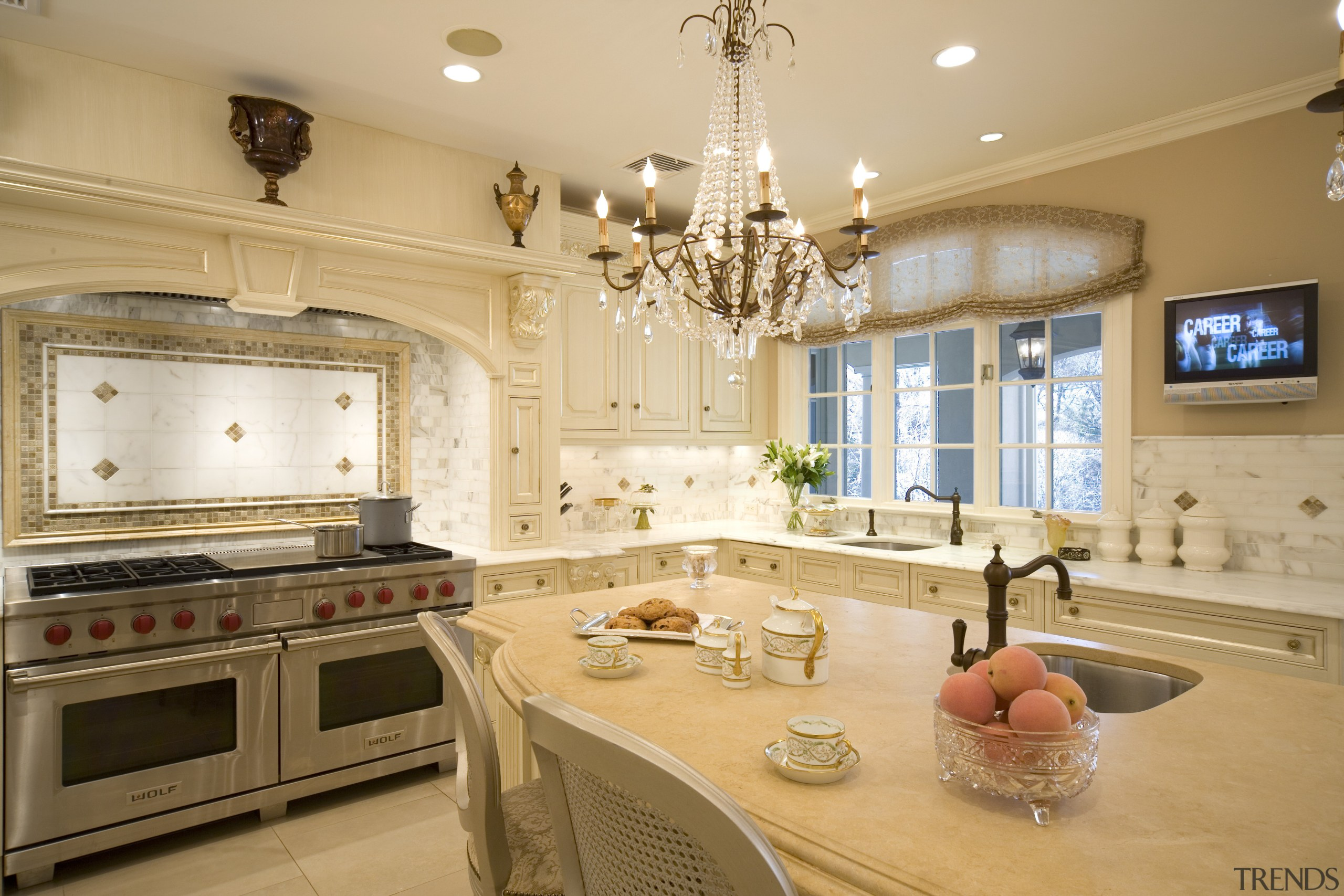 All that gliters- in this Clive Christian kitchen ceiling, countertop, cuisine classique, estate, home, interior design, kitchen, living room, room, orange