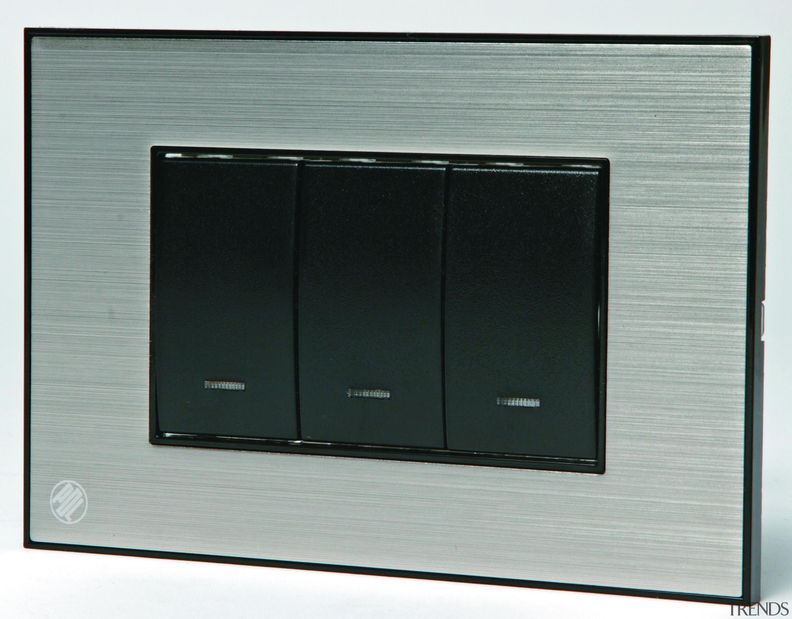 s883-0029987.jpg - s883-0029987.jpg - product design   technology product design, technology, gray, black