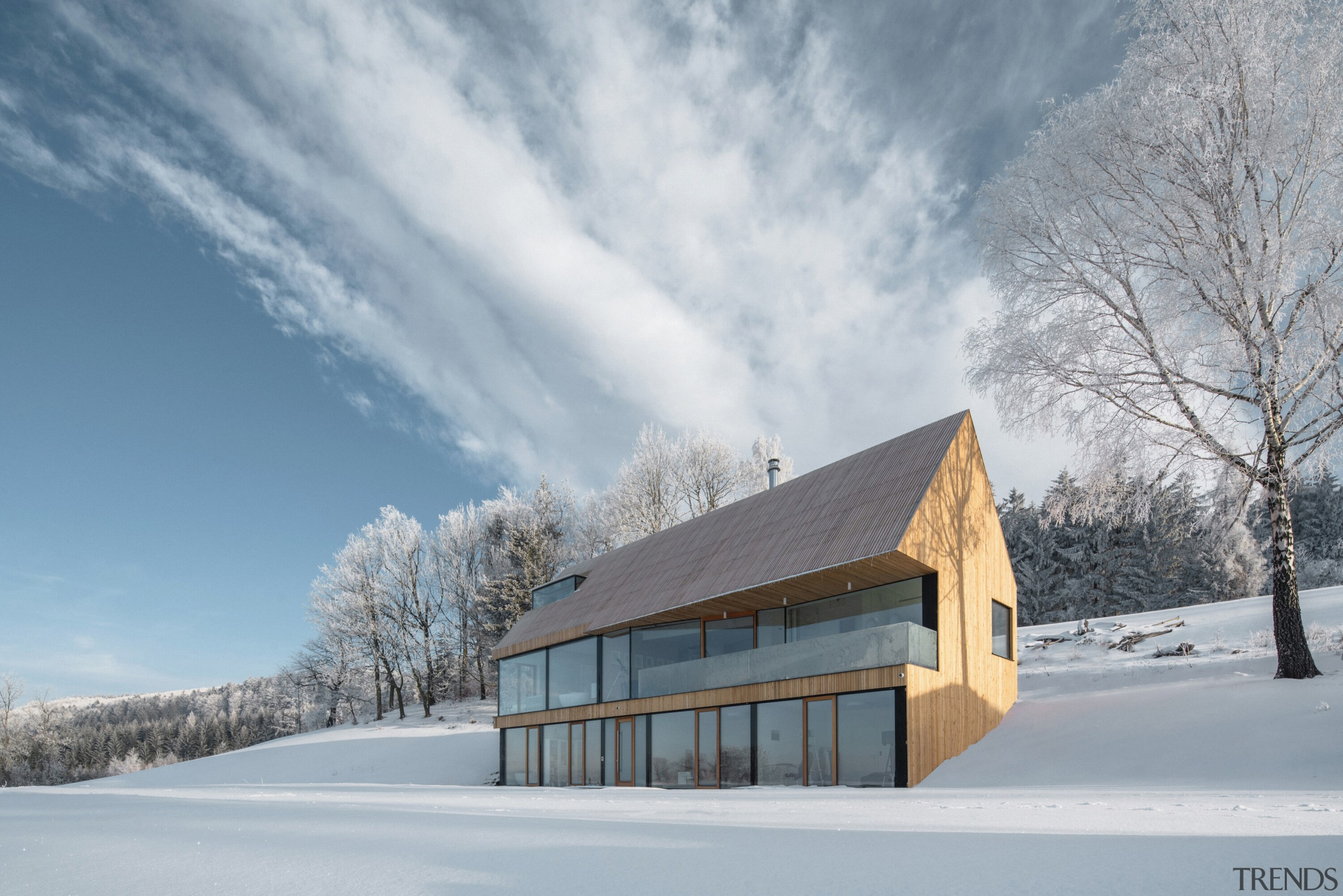 The house blends in with its backdrop -