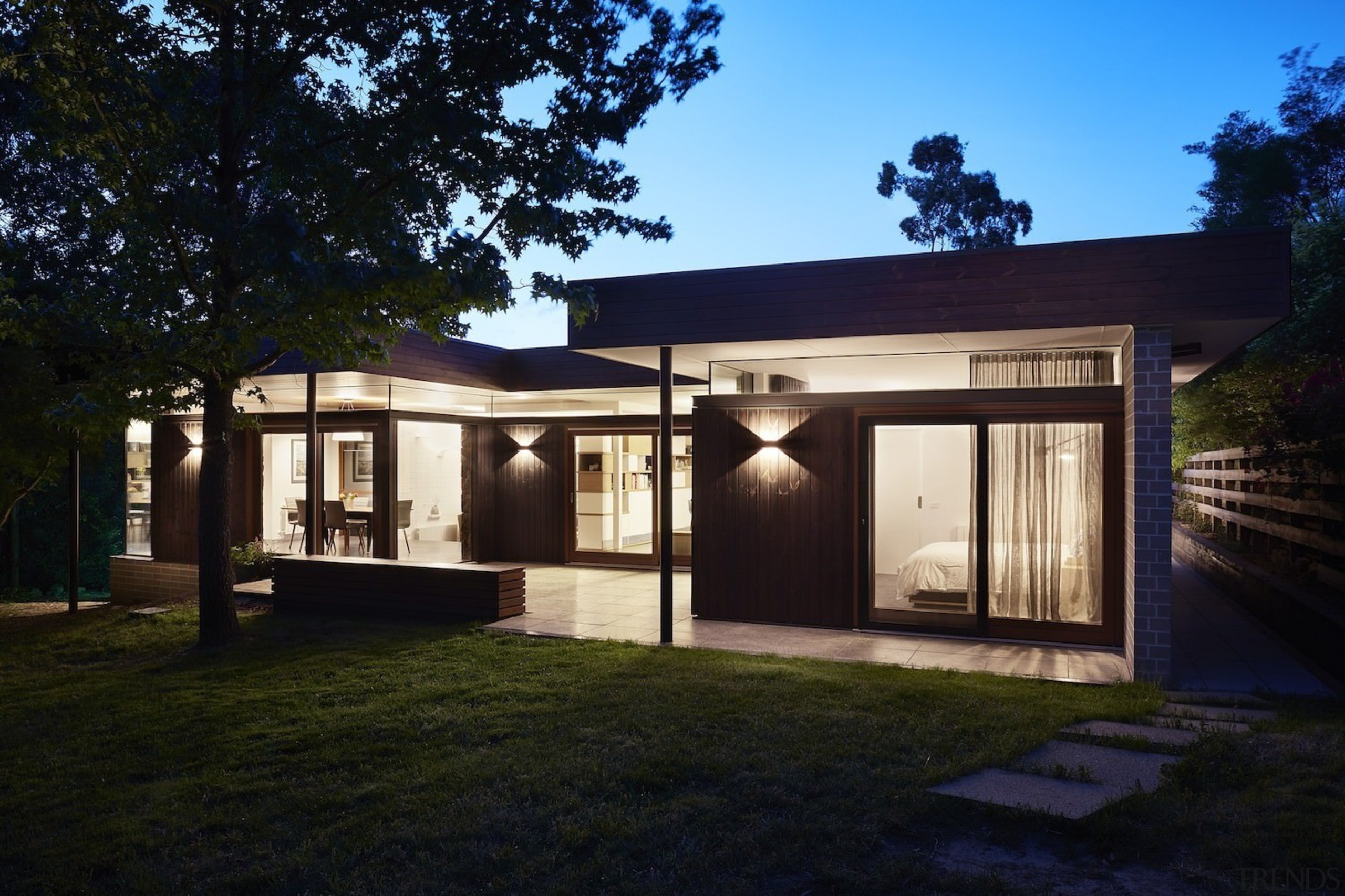 Architect: Architect: Steffen Welsch ArchitectsPhotography: Rhiannon architecture, cottage, estate, facade, home, house, property, real estate, residential area, roof, shed, black