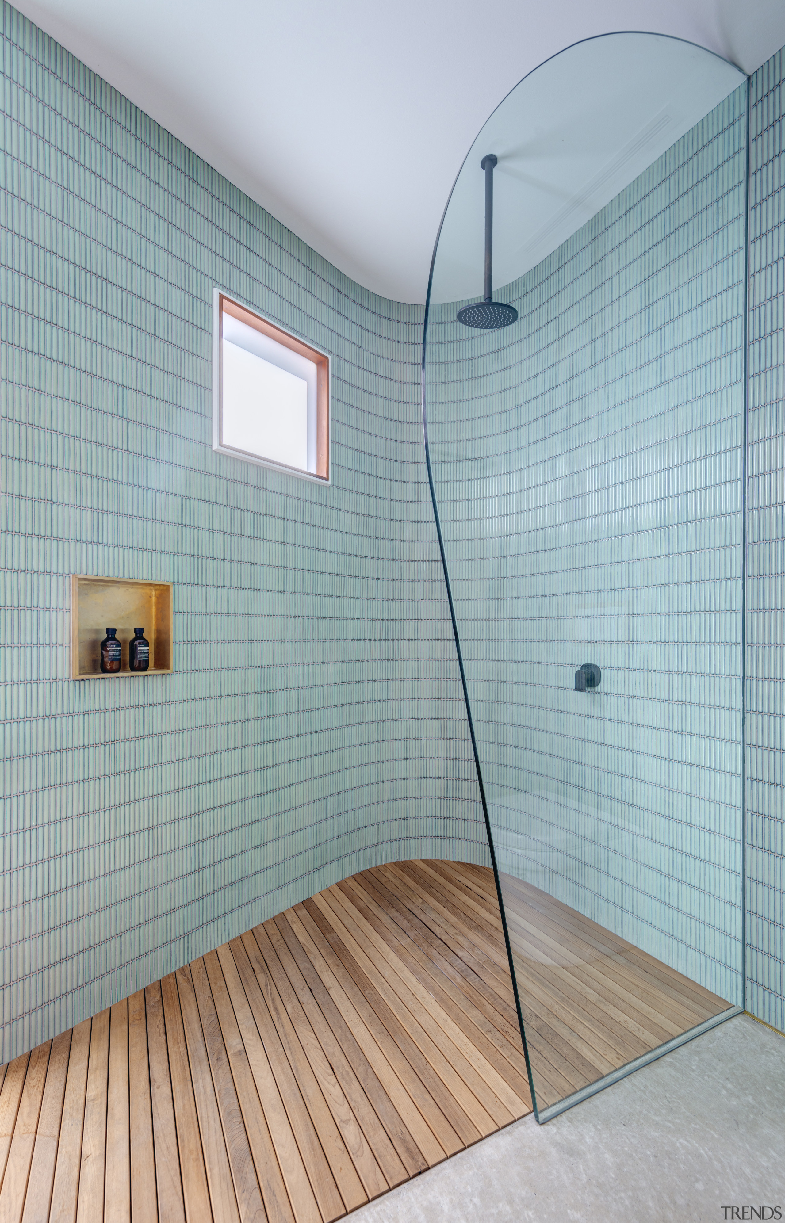 Do showers always need to be boxy? The gray