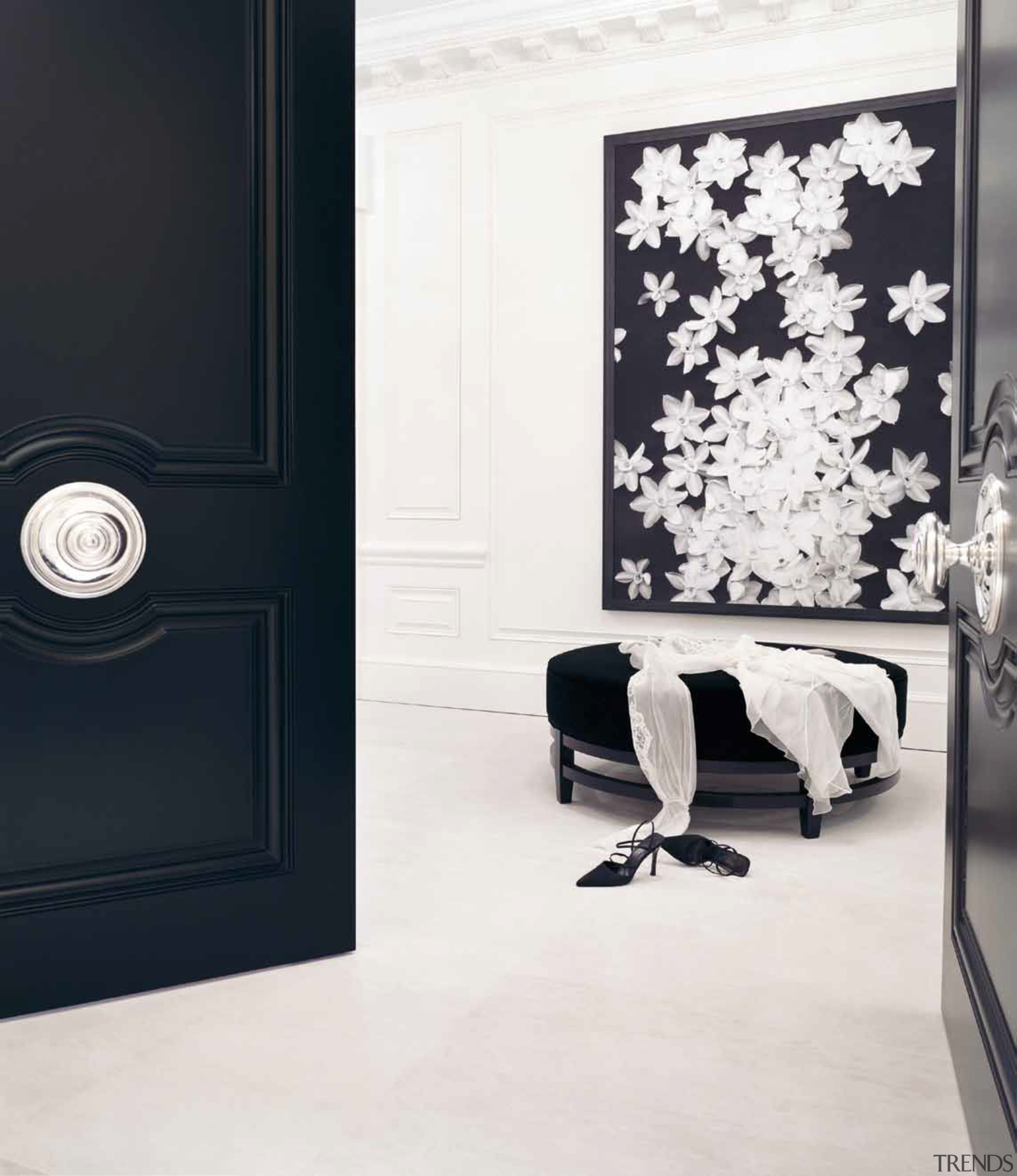 PB220 by Piet Boon - Solid Knob Fixed black, black and white, floor, flooring, furniture, interior design, wall, white, black