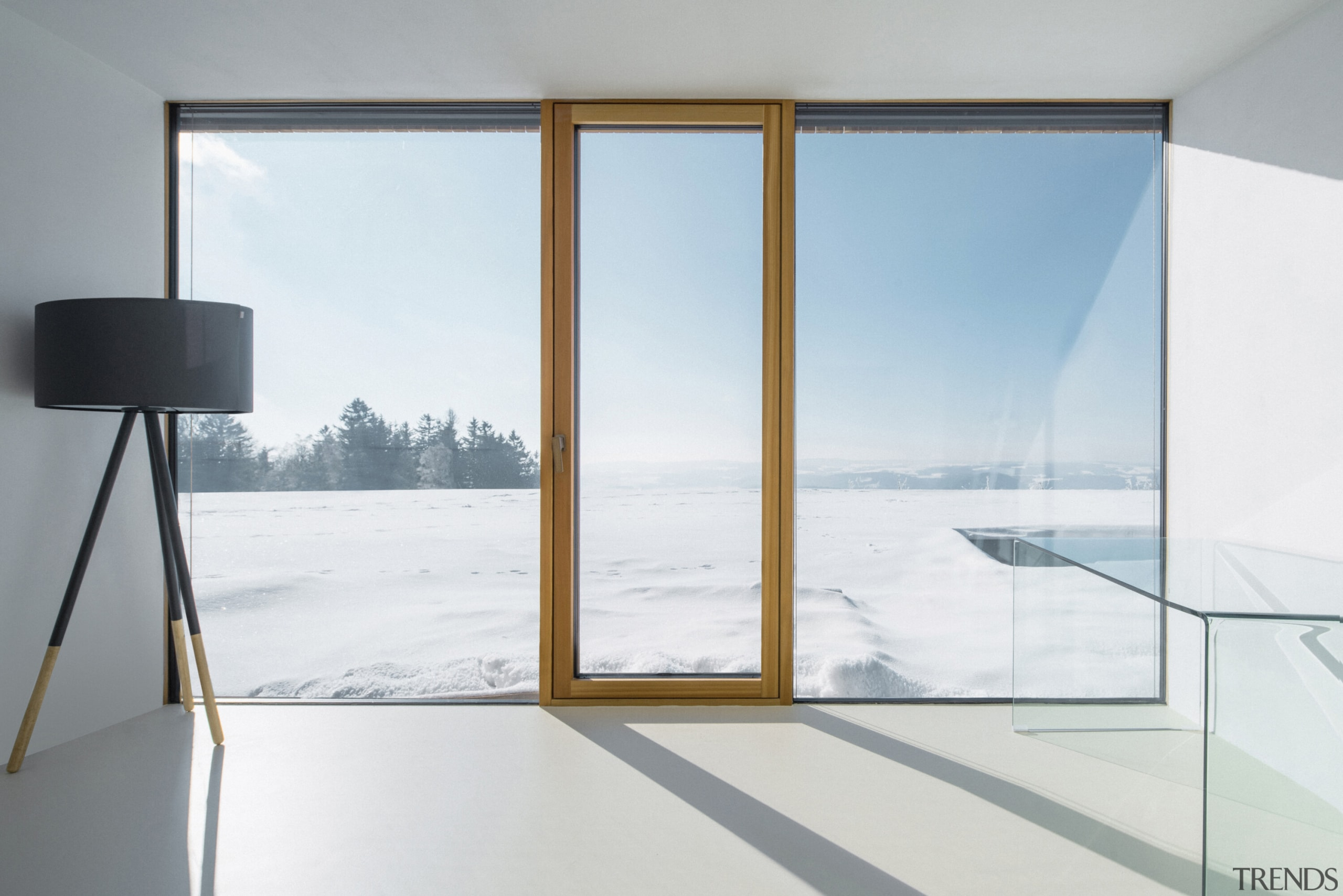 The separation between house and nature blurs -