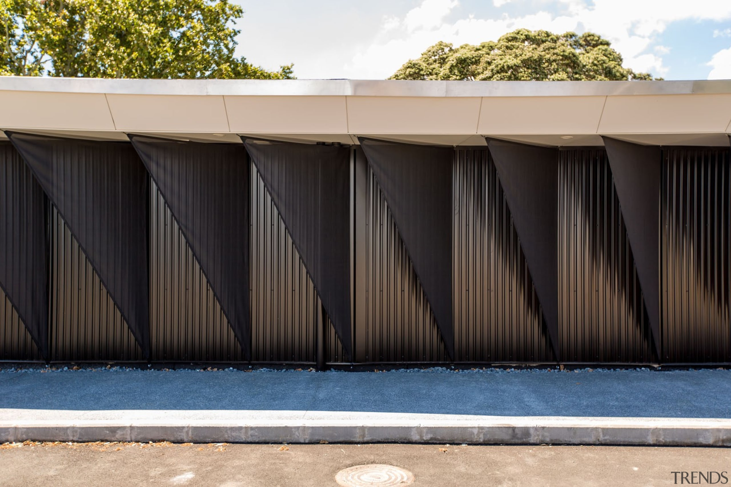 Chrysalis-123 - Chrysalis 123 - architecture | facade architecture, facade, fence, house, outdoor structure, residential area, shed, siding, structure, wall, wood, black, white