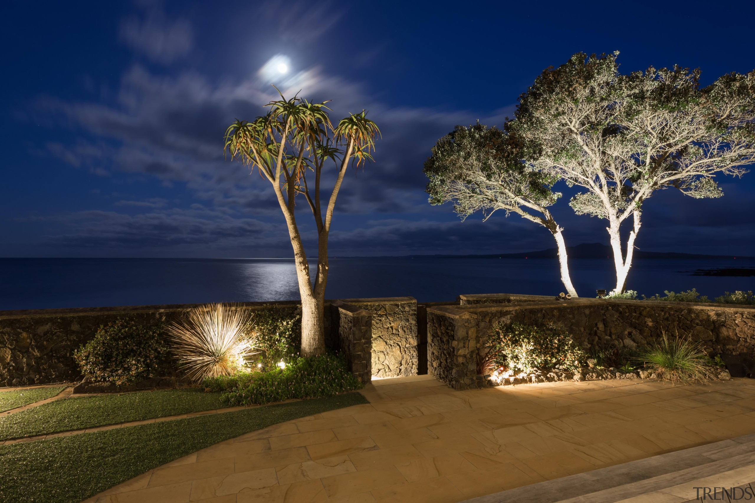 Img9036 - architecture | computer wallpaper | estate architecture, computer wallpaper, estate, home, landscape, landscape lighting, light, lighting, night, plant, property, real estate, sky, sunlight, tree, blue, brown