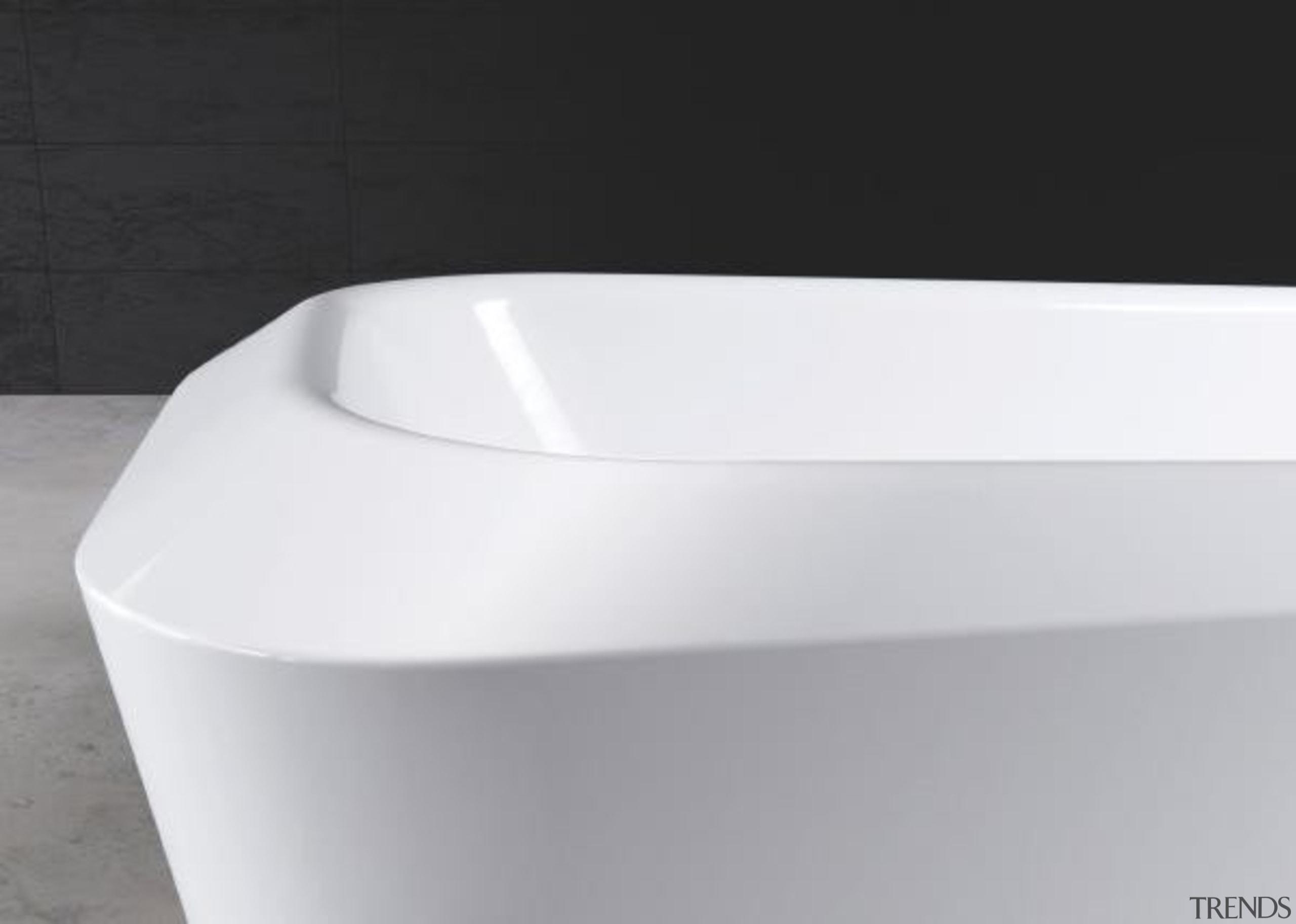 Working with star designer Arik Levy, Kaldewei has angle, bathroom sink, bathtub, hardware, plumbing fixture, product design, tap, toilet seat, white, black
