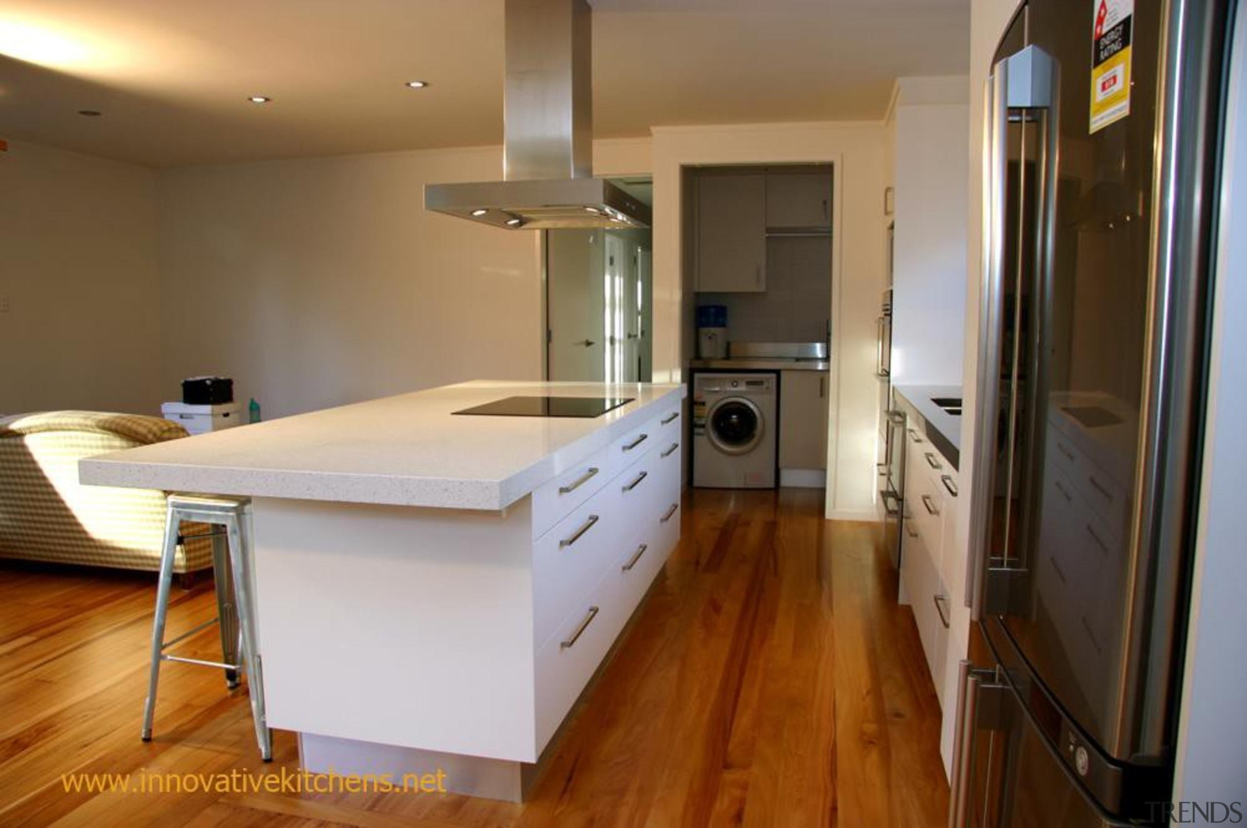 modern glendowie 2013 3.jpg - modern_glendowie_2013_3.jpg - countertop countertop, floor, flooring, hardwood, interior design, kitchen, property, real estate, room, brown, gray