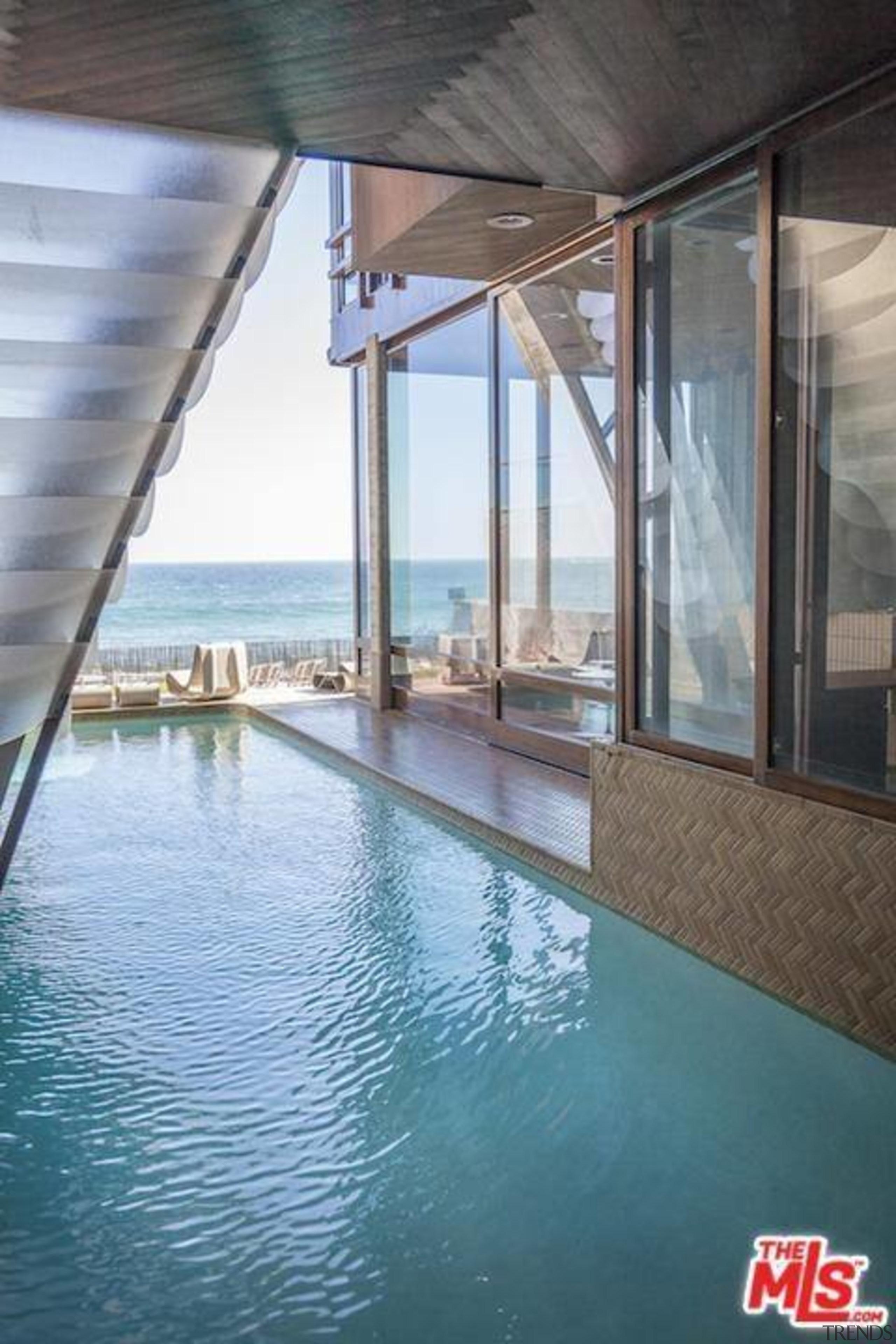 Edward Norton's new Malibu Colony home – Trulia condominium, daylighting, property, real estate, swimming pool, water, window, gray, teal