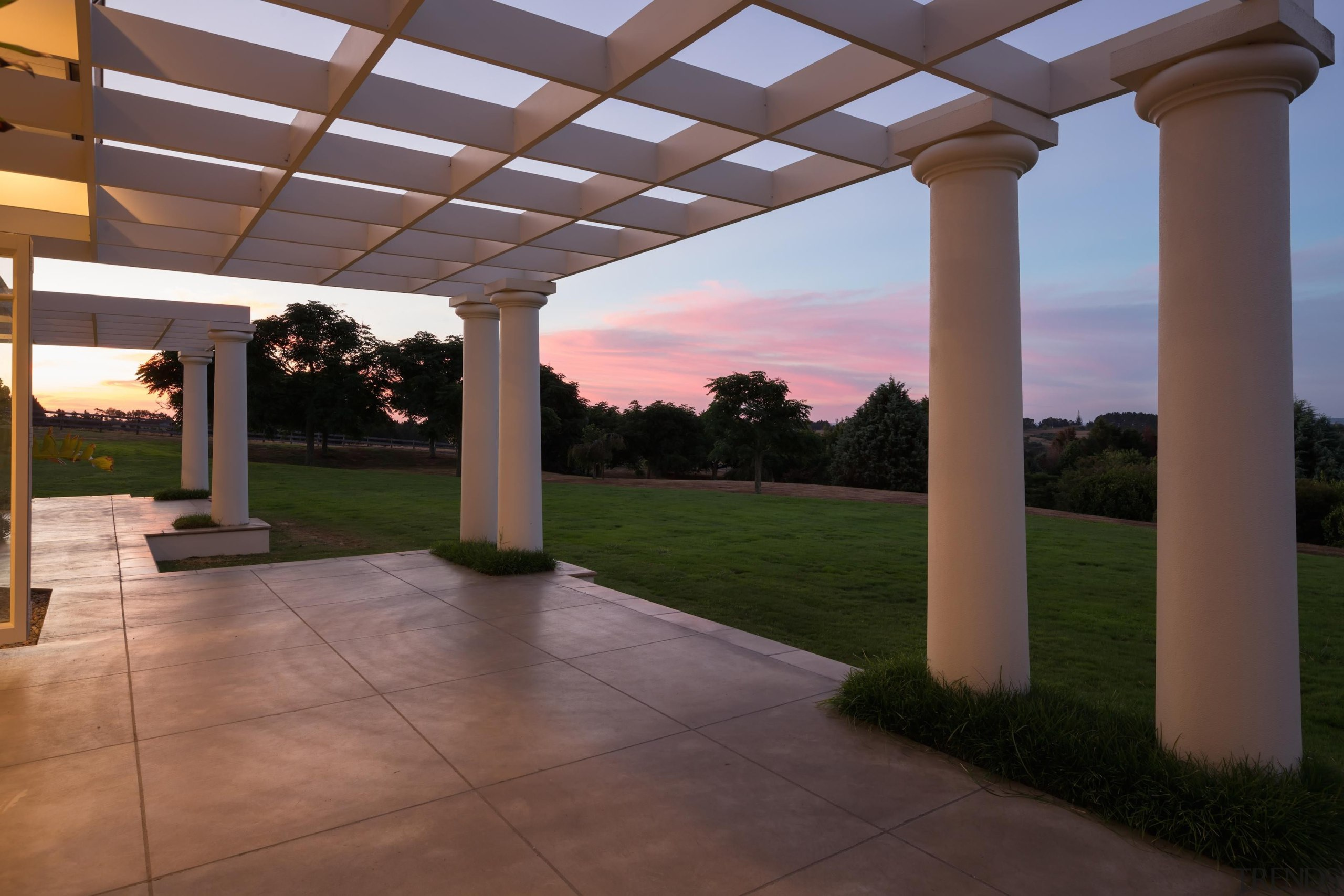 img1143.jpg - img1143.jpg - column | estate | column, estate, hacienda, outdoor structure, pergola, property, real estate, sky, structure, brown