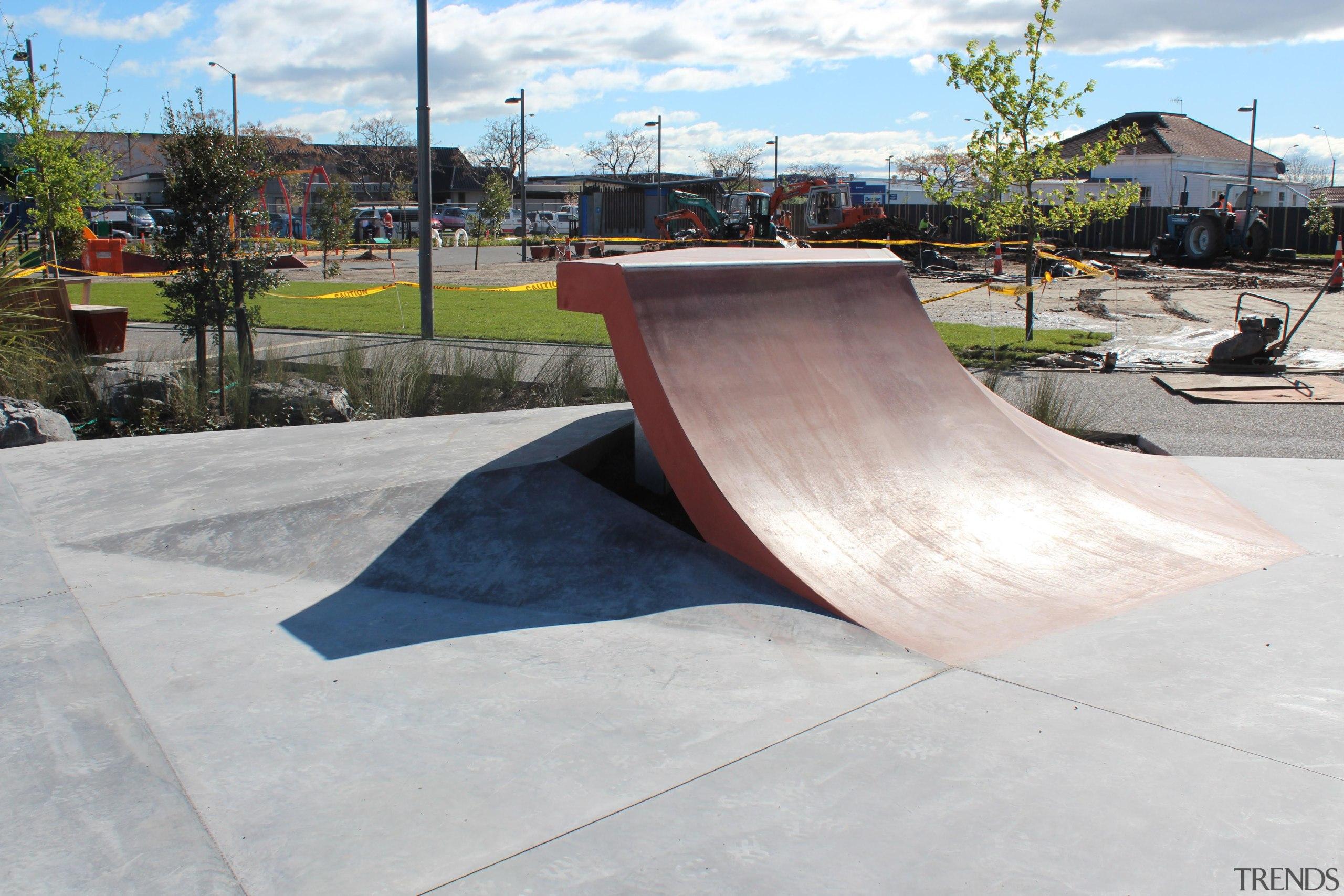 colourmix 13.jpg - colourmix_13.jpg - boardsport | grind boardsport, grind rail, recreation, skateboard, skateboarding, skateboarding equipment and supplies, white, gray