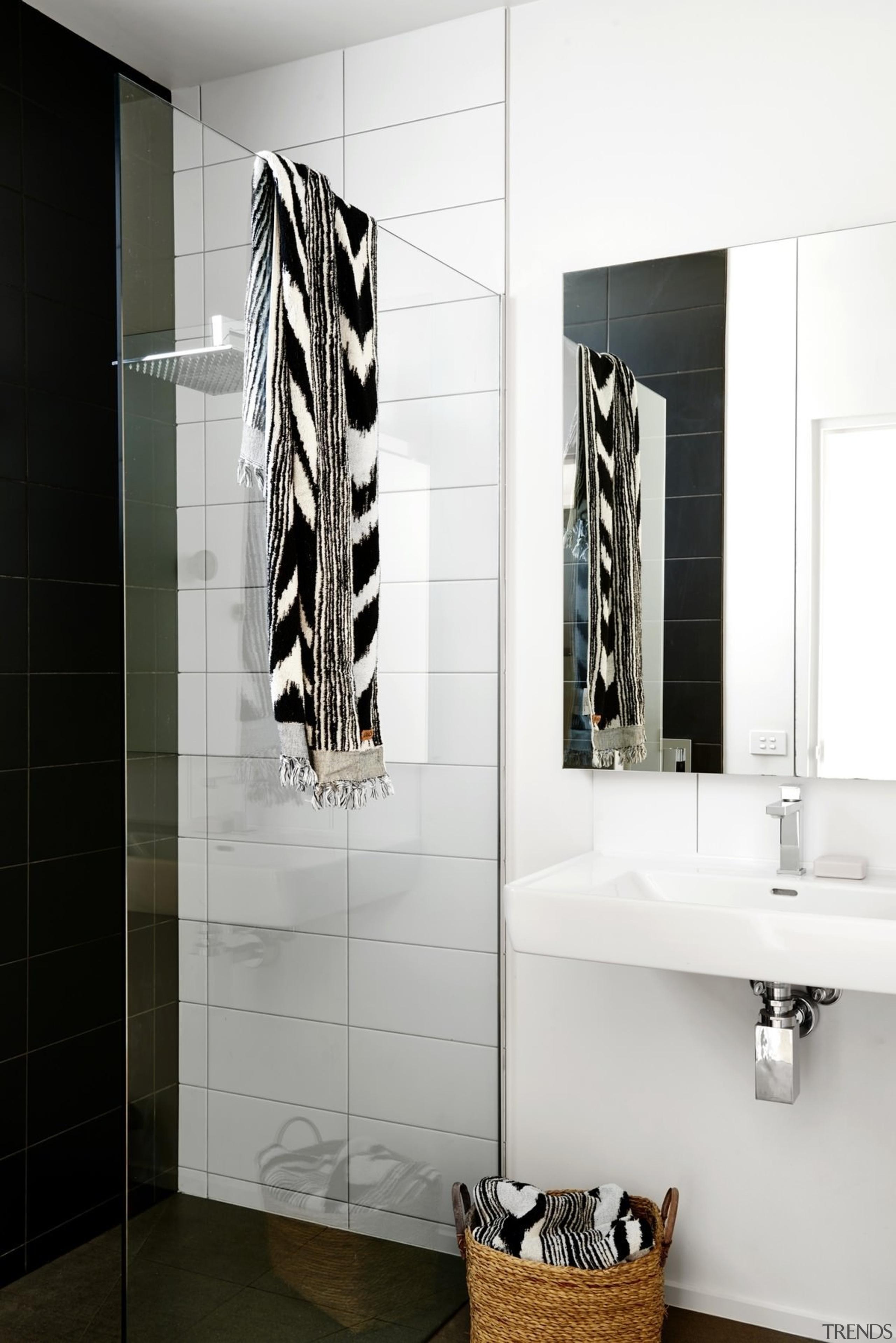 Architect: Irons McDuff ArchitecturePhotography by Nikole Ramsay bathroom, bathroom accessory, bathroom cabinet, floor, flooring, interior design, plumbing fixture, product design, room, tap, tile, wall, white, black