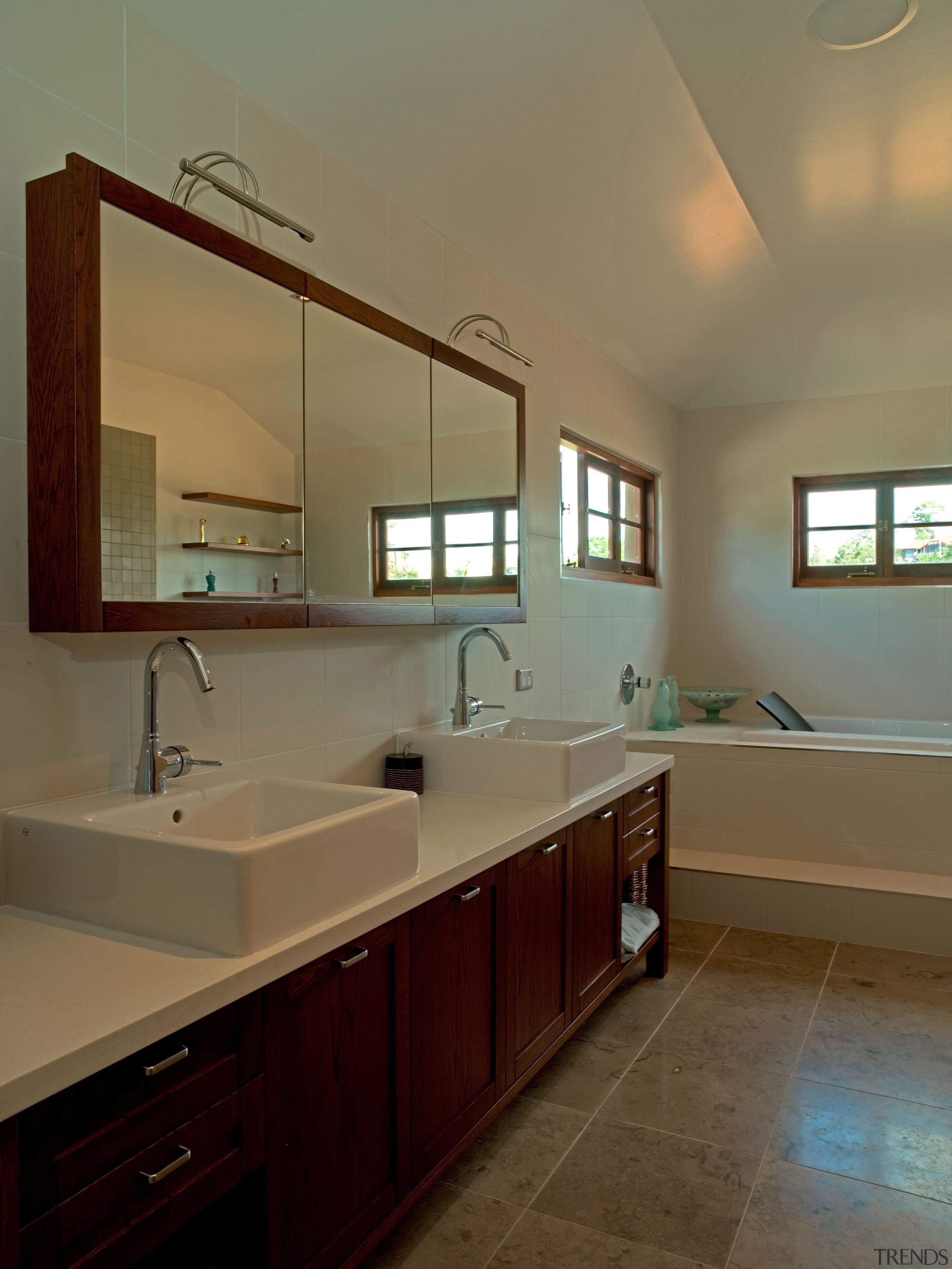 139 onetaunga ensuite - Onetaunga Ensuite - bathroom bathroom, cabinetry, ceiling, countertop, floor, home, interior design, kitchen, real estate, room, sink, brown