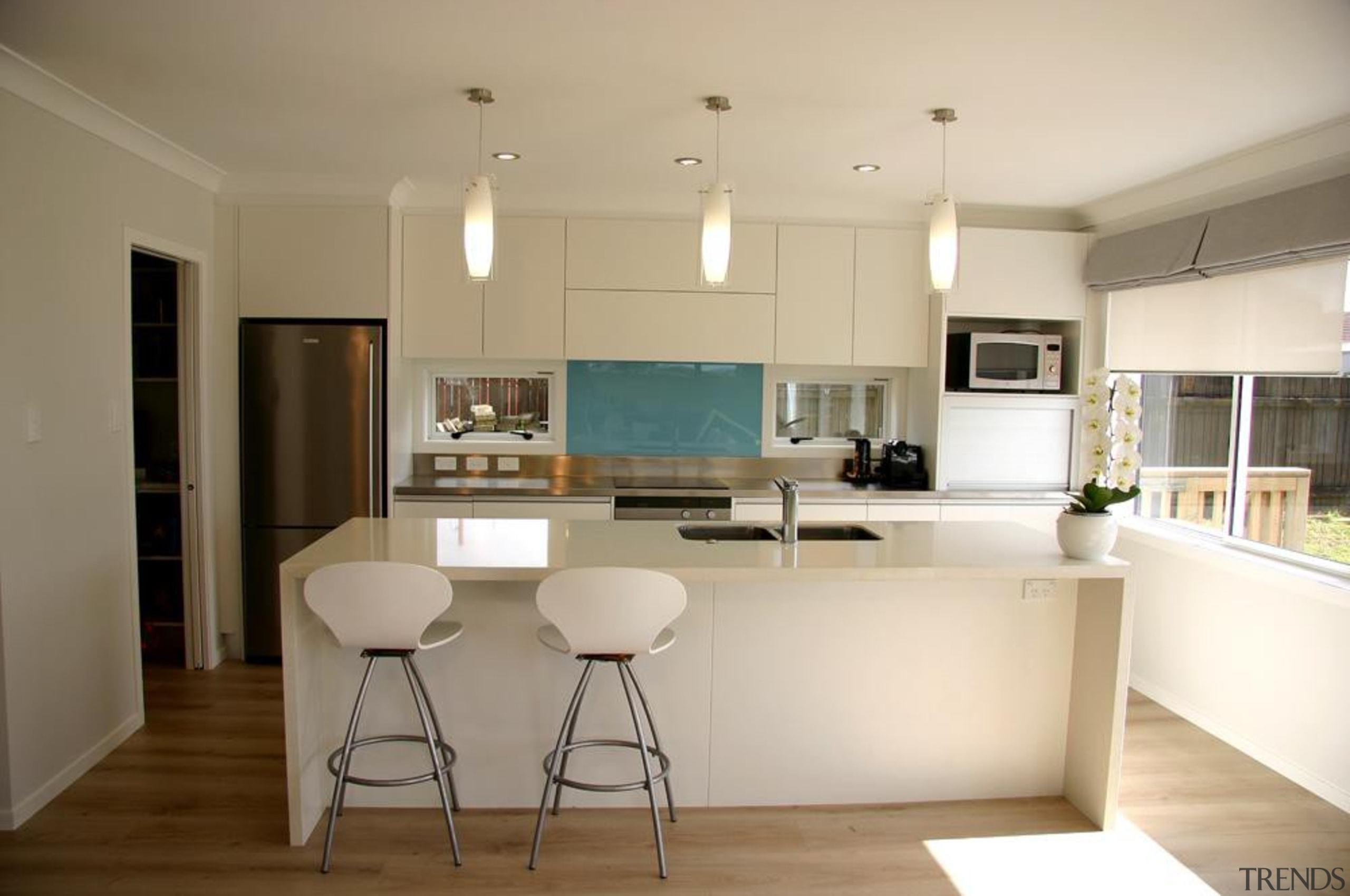 hillsborough modern 2013 2.jpg - hillsborough_modern_2013_2.jpg - countertop countertop, cuisine classique, floor, home, interior design, kitchen, real estate, room, gray, brown