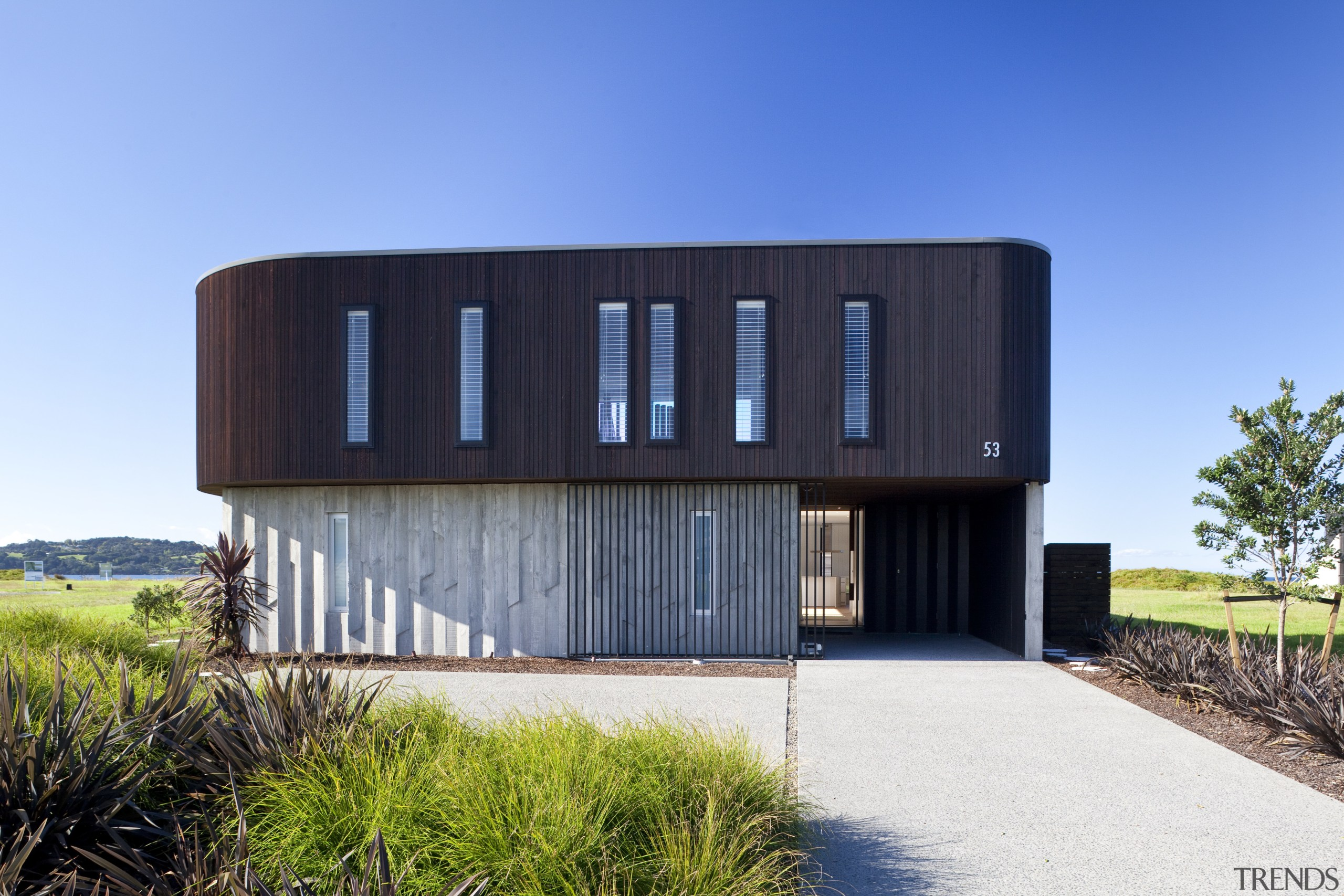Ponting Fitzgerald-designed beach house - Ponting Fitzgerald-designed beach architecture, building, corporate headquarters, facade, home, house, property, real estate, sky, teal