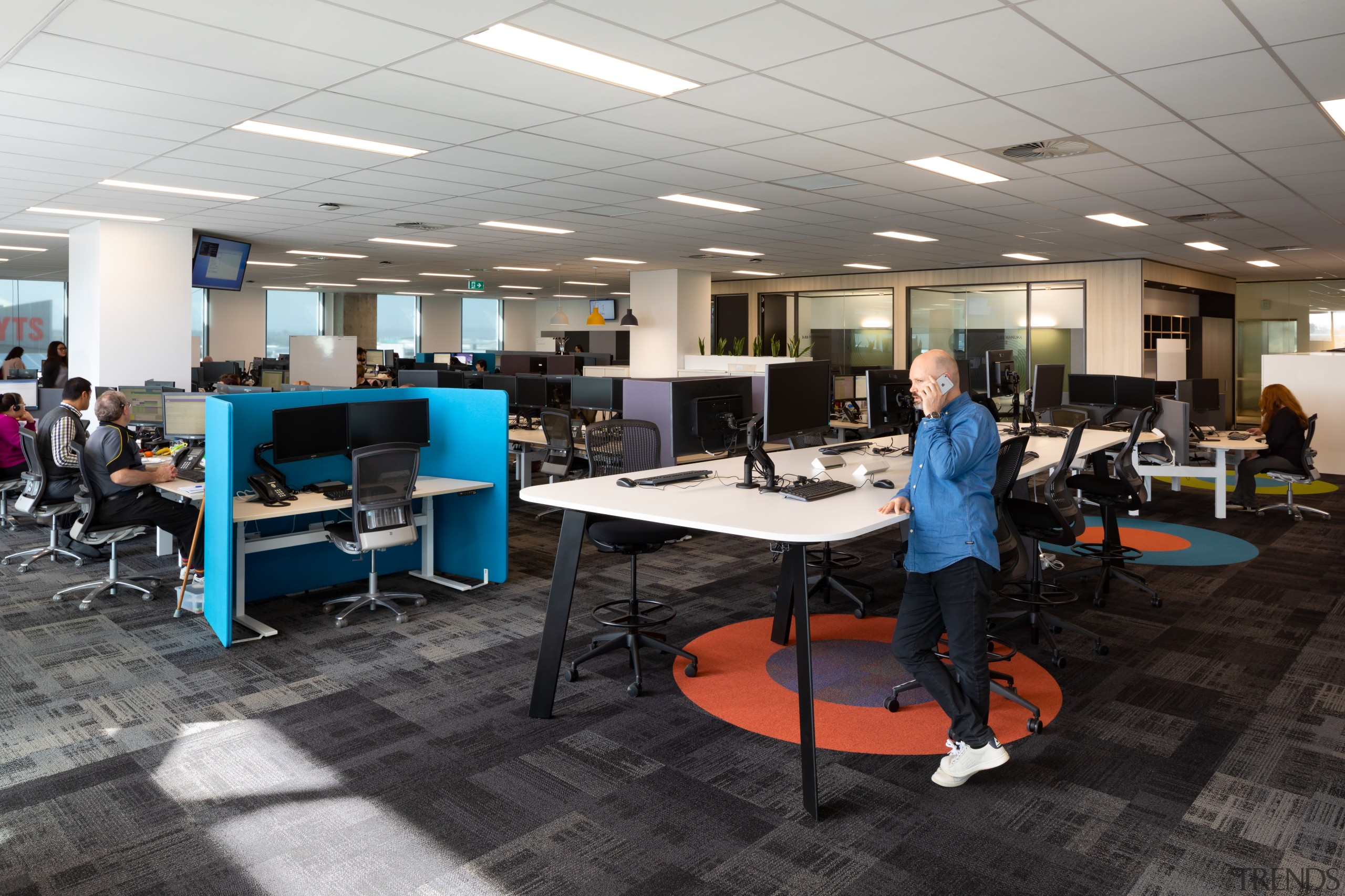 As part of the agile, unassigned work environment architecture, design, floor, flooring, furniture, interior design, office, gray, workstations, call centre, IAG Hub, no. 1 sylvia Park, desking