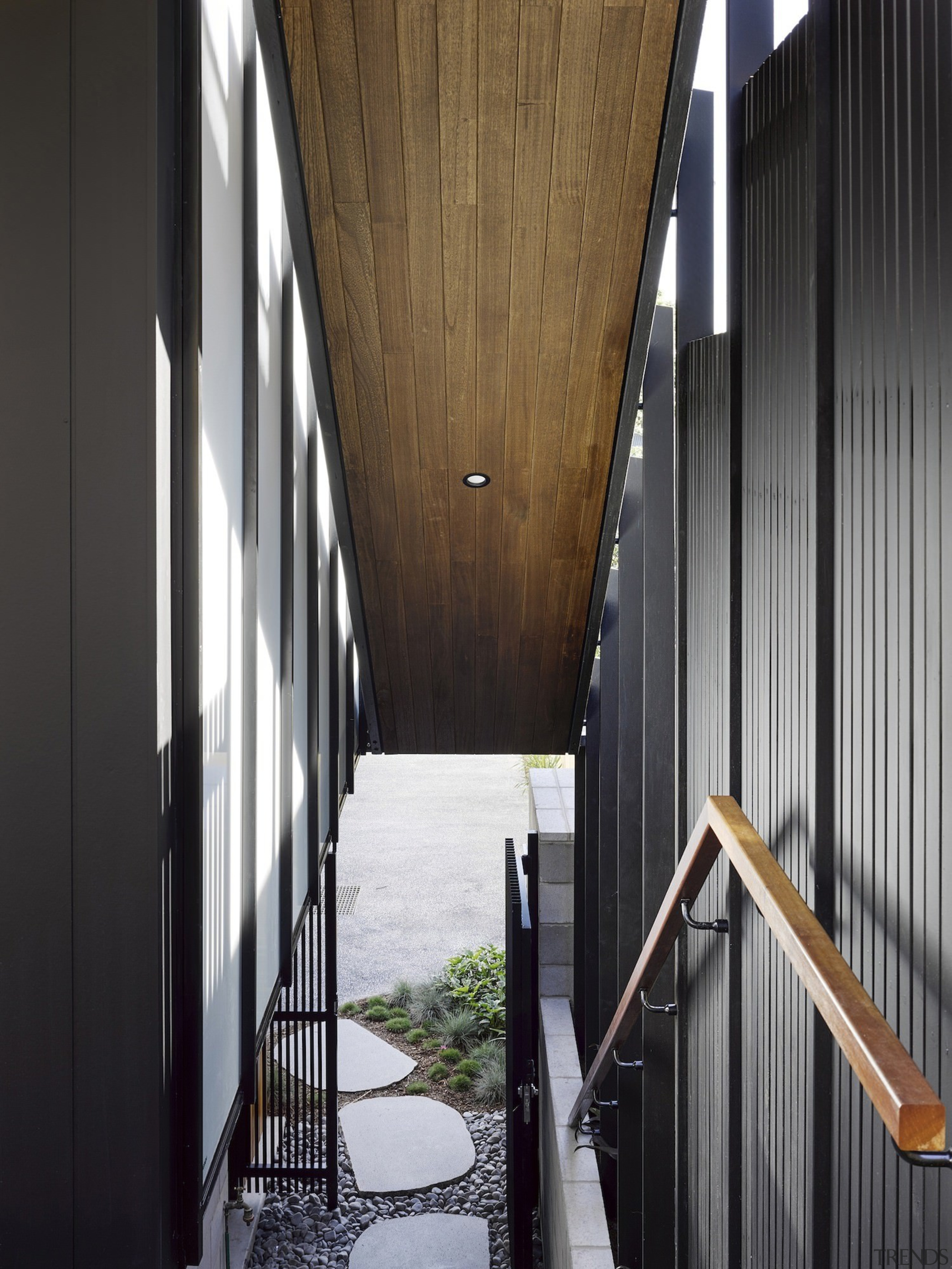 Architect: Refresh DesignPhotography by Roger D'Souza architecture, building, daylighting, facade, house, structure, window, wood, black