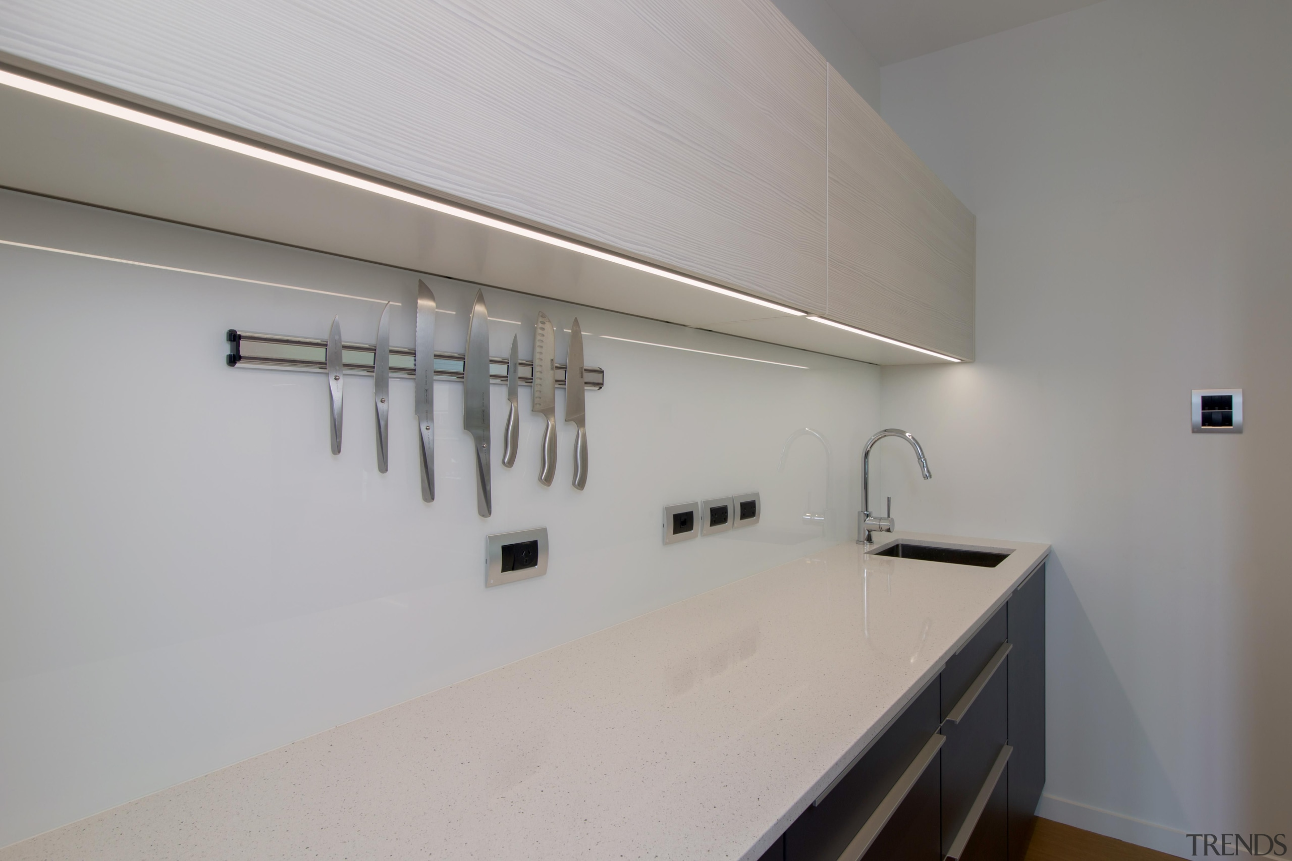 img5505.jpg - img5505.jpg - architecture | countertop | architecture, countertop, daylighting, floor, home, house, interior design, kitchen, loft, property, real estate, room, gray