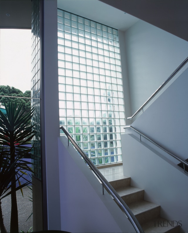 Stairway With White Walls And Glass Gallery 2 Trends