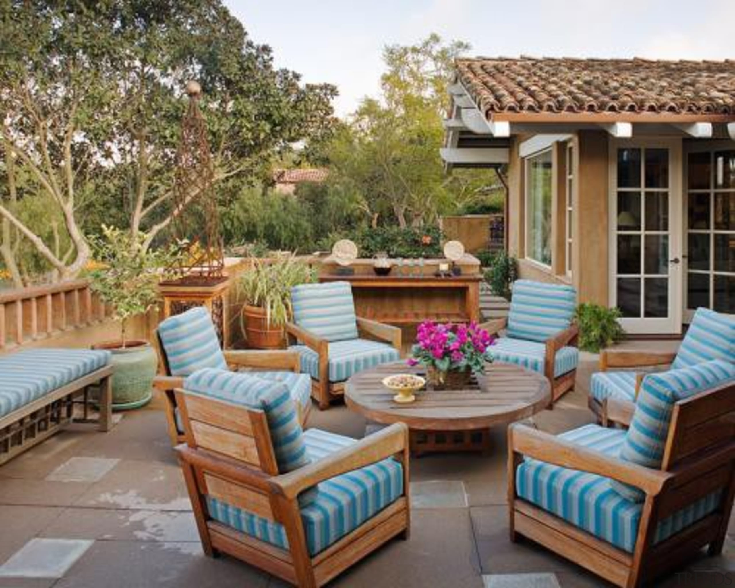 5. Being listened to and understoodYou might think backyard, estate, furniture, home, living room, outdoor furniture, outdoor structure, patio, property, real estate, brown, gray