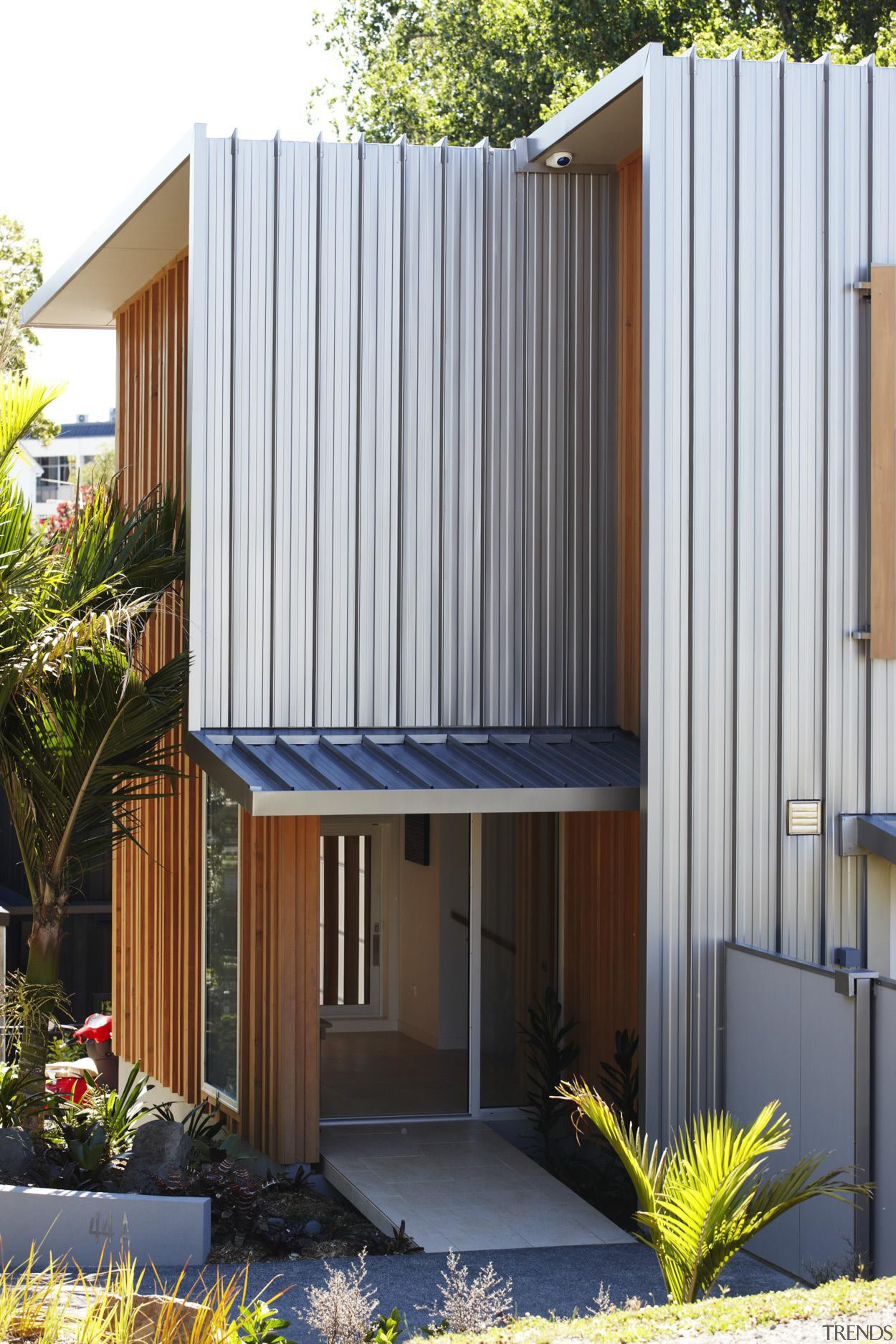 Parnell, Auckland - Nikau House - architecture | architecture, elevation, facade, home, house, property, real estate, roof, shed, siding, white