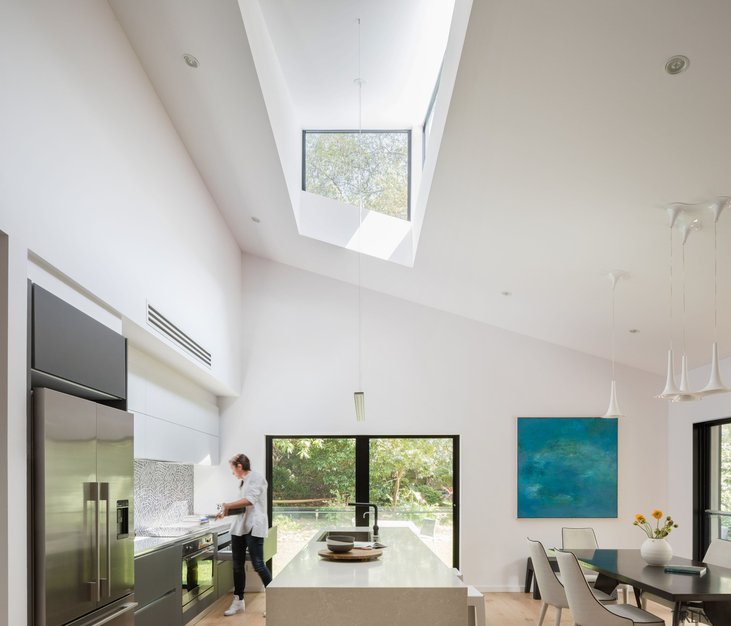 watch 27cb6 b0847 Walls and a flat low ceiling were r... - Gallery - 1 | Trends