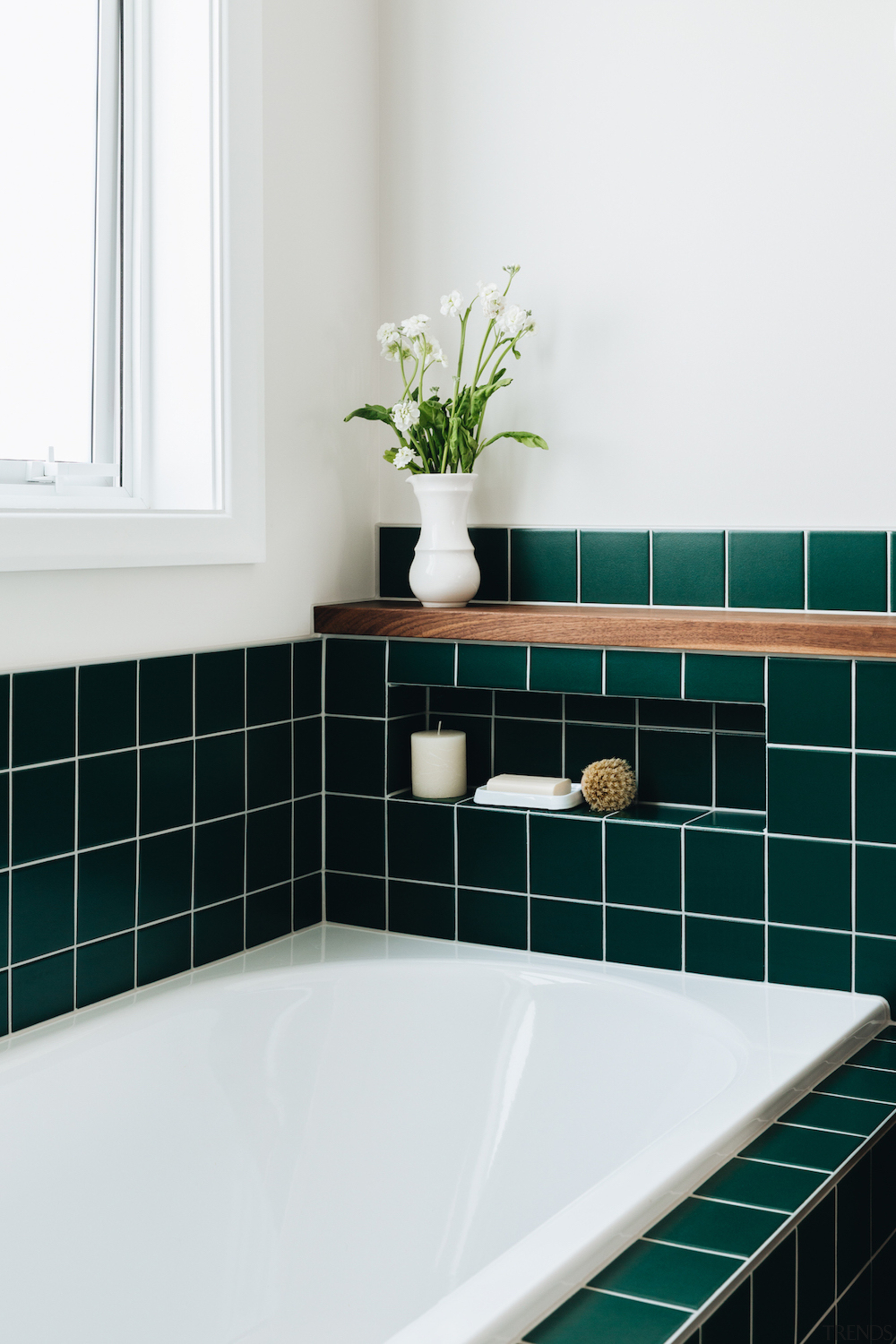 The bath soap niche is painstakingly lined with