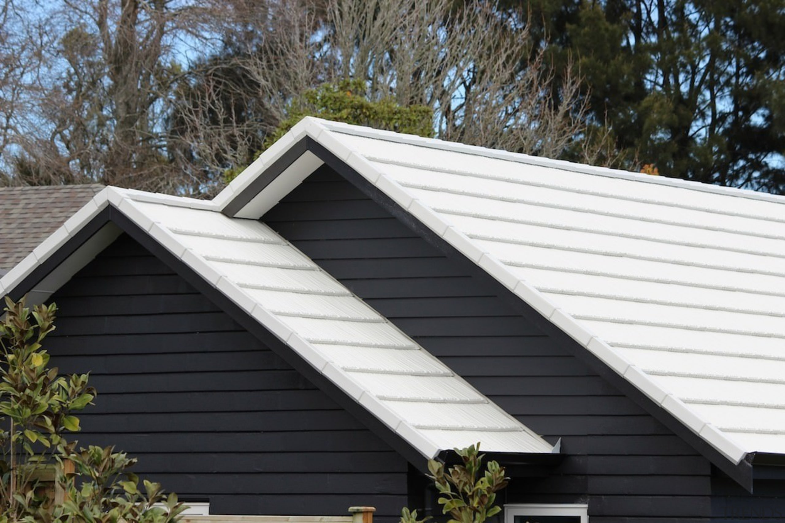 Metrotile metal panels - Metrotile metal panels - daylighting, facade, home, house, real estate, roof, siding, window, black, white
