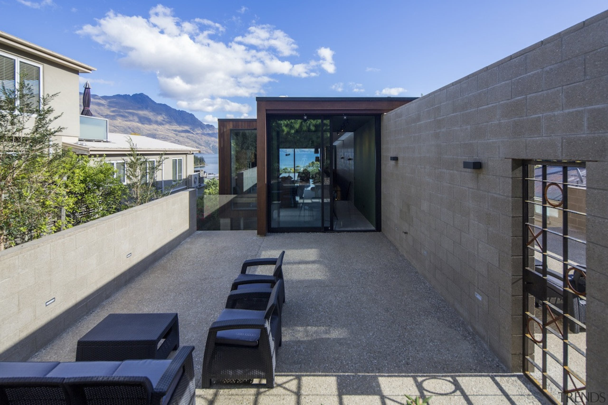 Arrowtown-based Bennie Builders was the only Southern Lakes architecture, house, real estate, gray