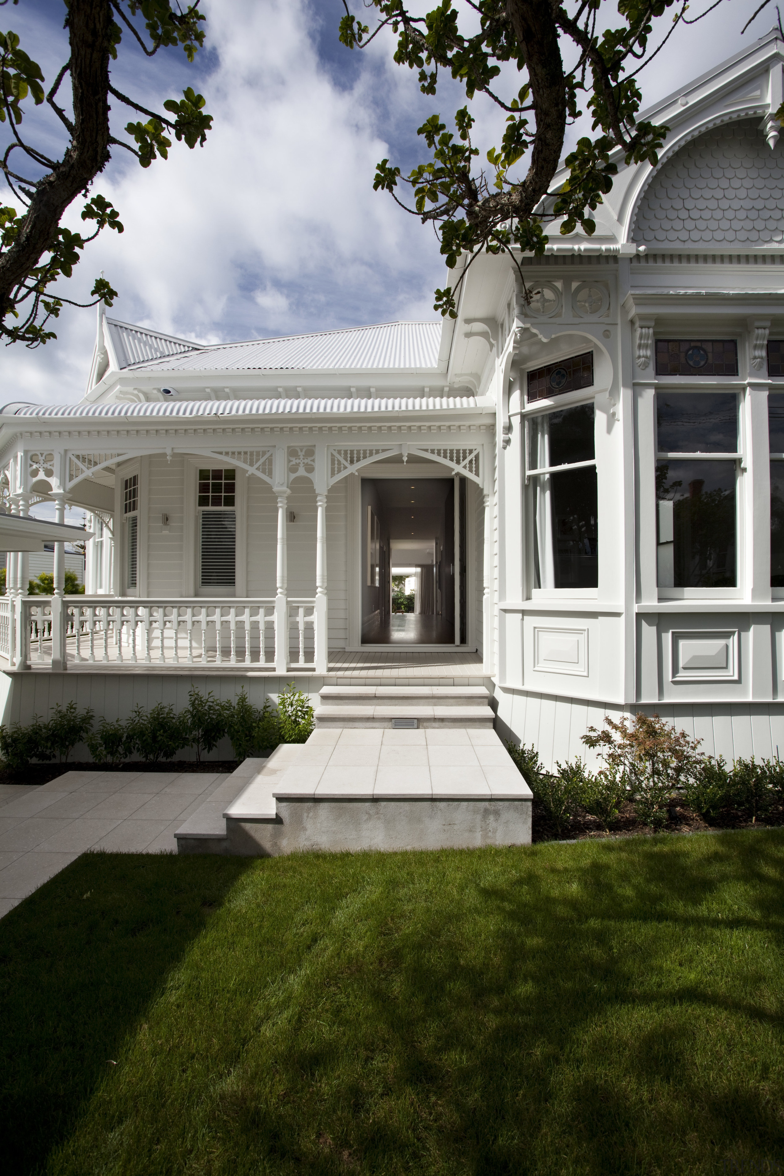 All the original character of this return-veranda bungalow architecture, backyard, building, cottage, courtyard, estate, facade, grass, historic house, home, house, landscaping, lawn, mansion, outdoor structure, plantation, porch, property, real estate, residential area, siding, tree, window, yard, gray, brown