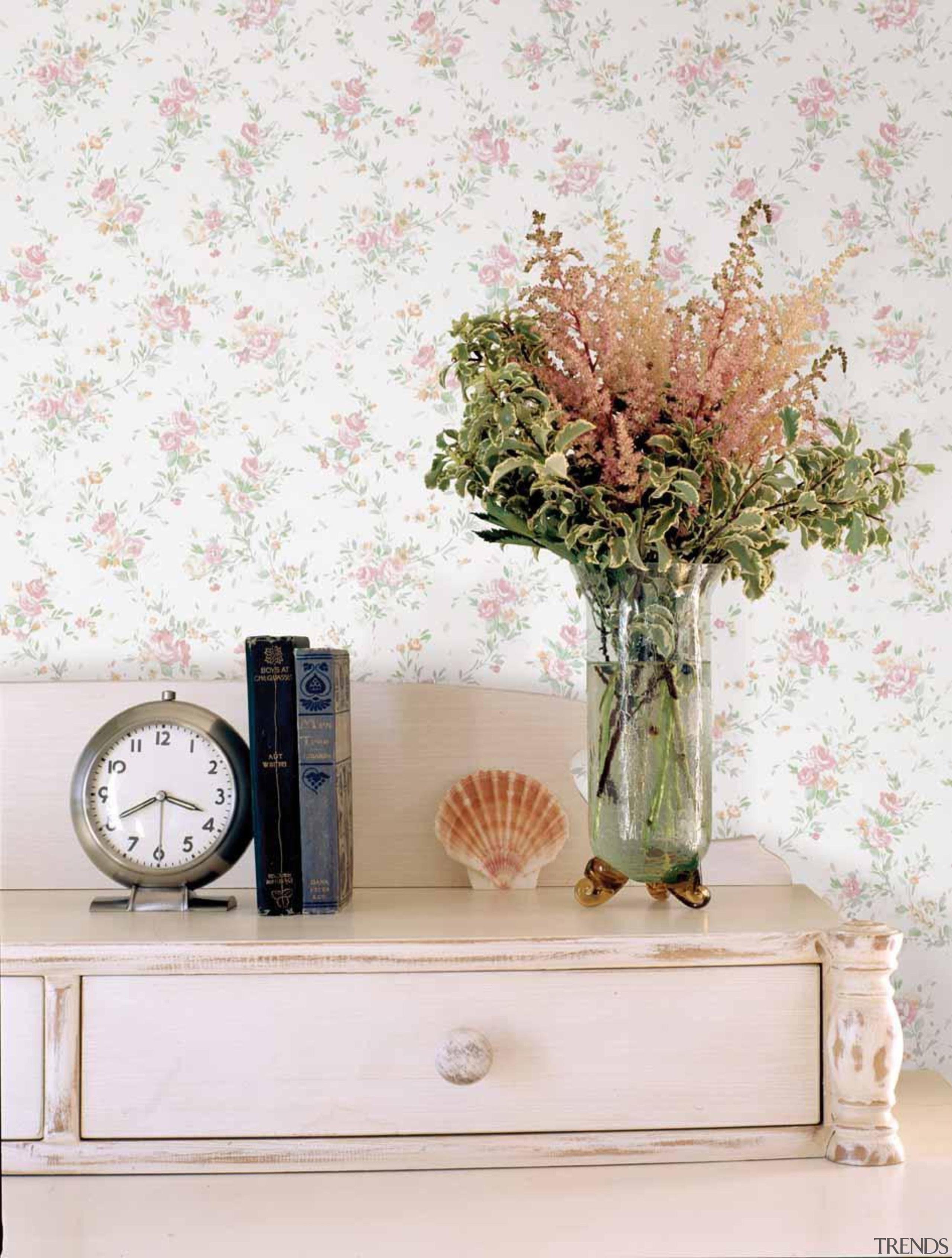 Saphyr II Range - artificial flower | flowerpot artificial flower, flowerpot, table, vase, white