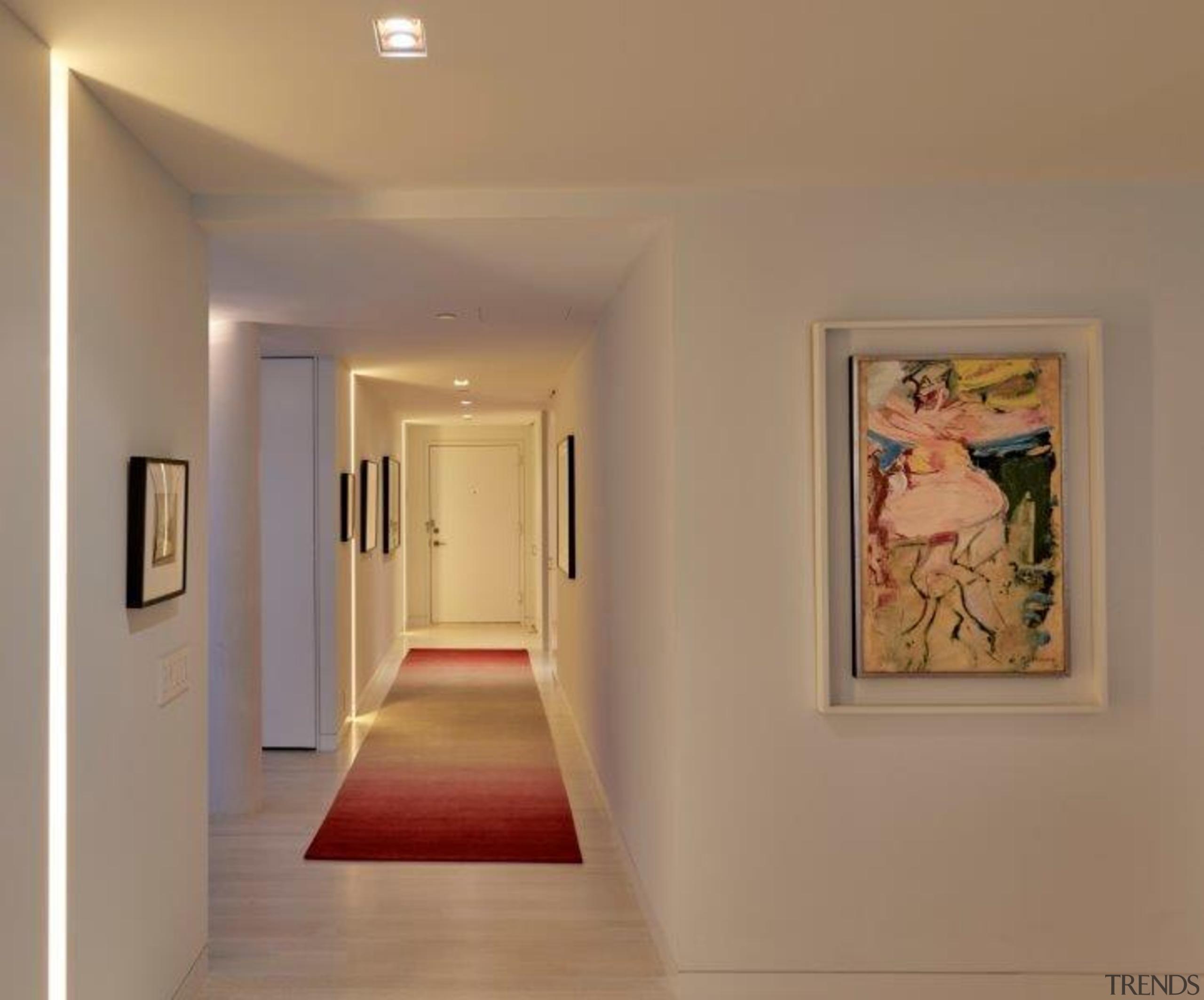 A handmade rug by designer Michel Arnaud graces