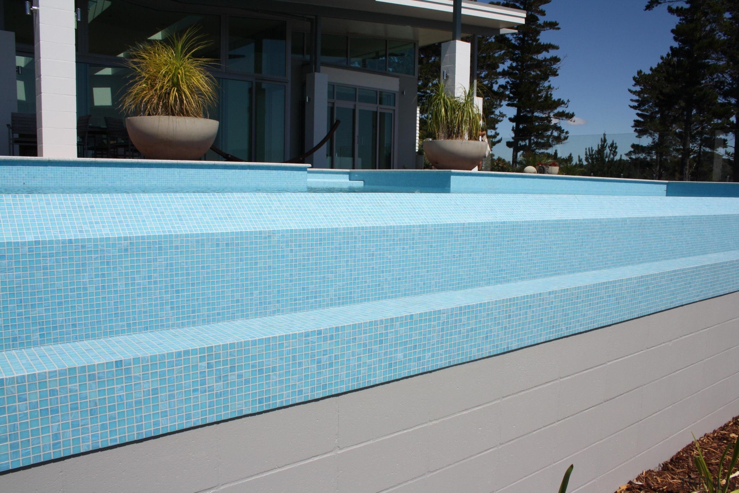 Bisazza Paroa Bay mosaic pool - Bisazza Range backyard, daylighting, estate, house, leisure, property, real estate, roof, siding, swimming pool, wall, window, wood, gray, teal