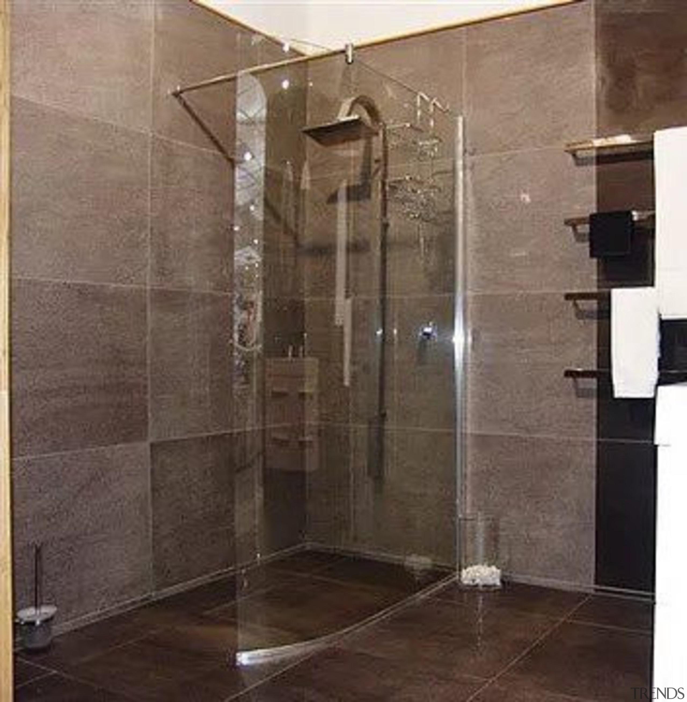 Vela - door | floor | glass | door, floor, glass, plumbing fixture, shower, tile, black, brown
