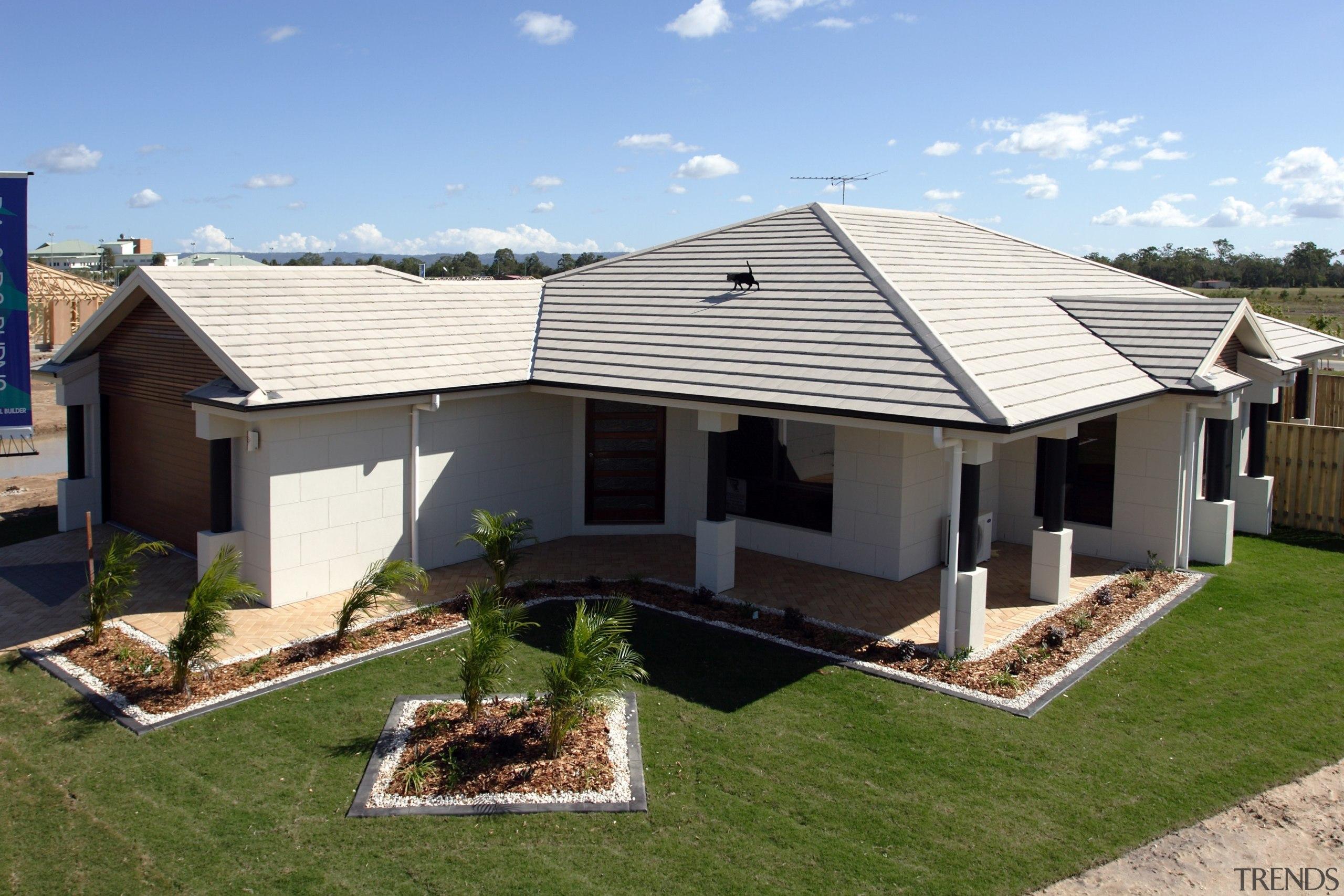 Monier Concrete Tiles - Horizon - Monier Concrete cottage, elevation, estate, facade, home, house, outdoor structure, property, real estate, residential area, roof, siding, yard, teal, brown