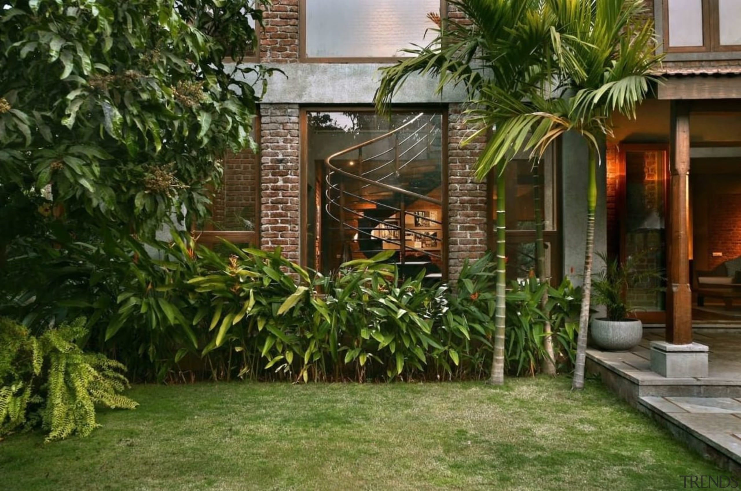 See the home here arecales, backyard, courtyard, estate, home, house, outdoor structure, palm tree, plant, property, real estate, brown