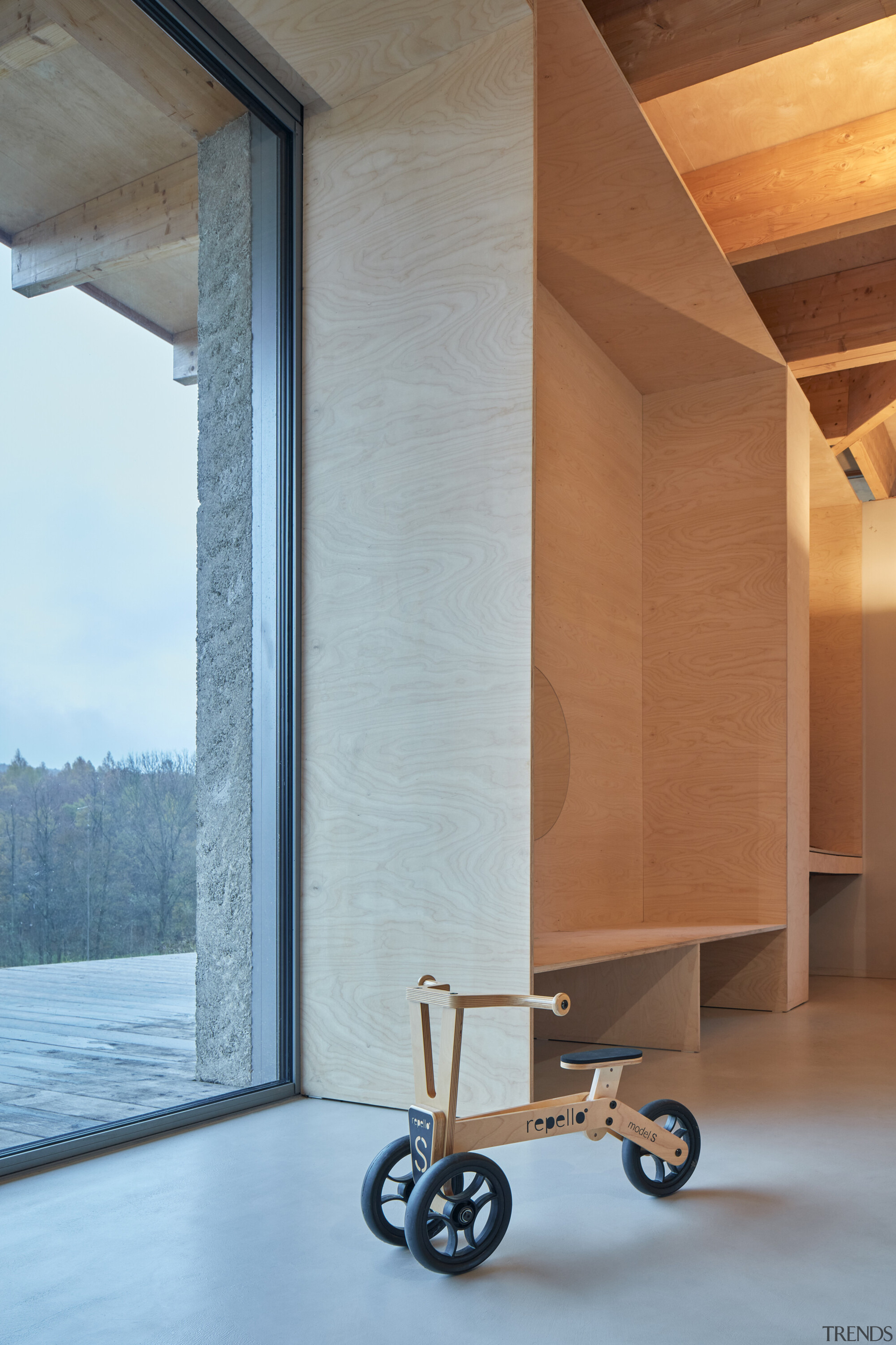 What goes perfectly with wood interiors? Well, naturally,