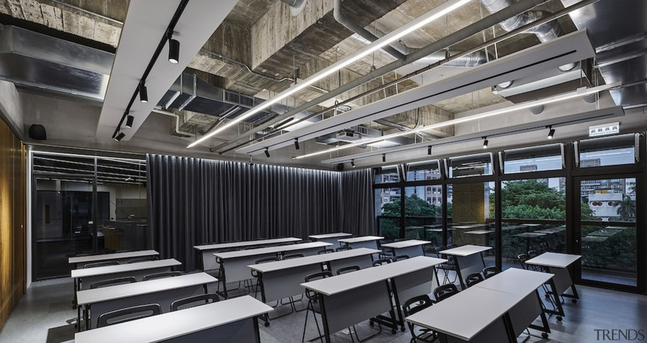 H Academy – Shi-Chieh Lu/CJ Studio - H daylighting, interior design, black, gray