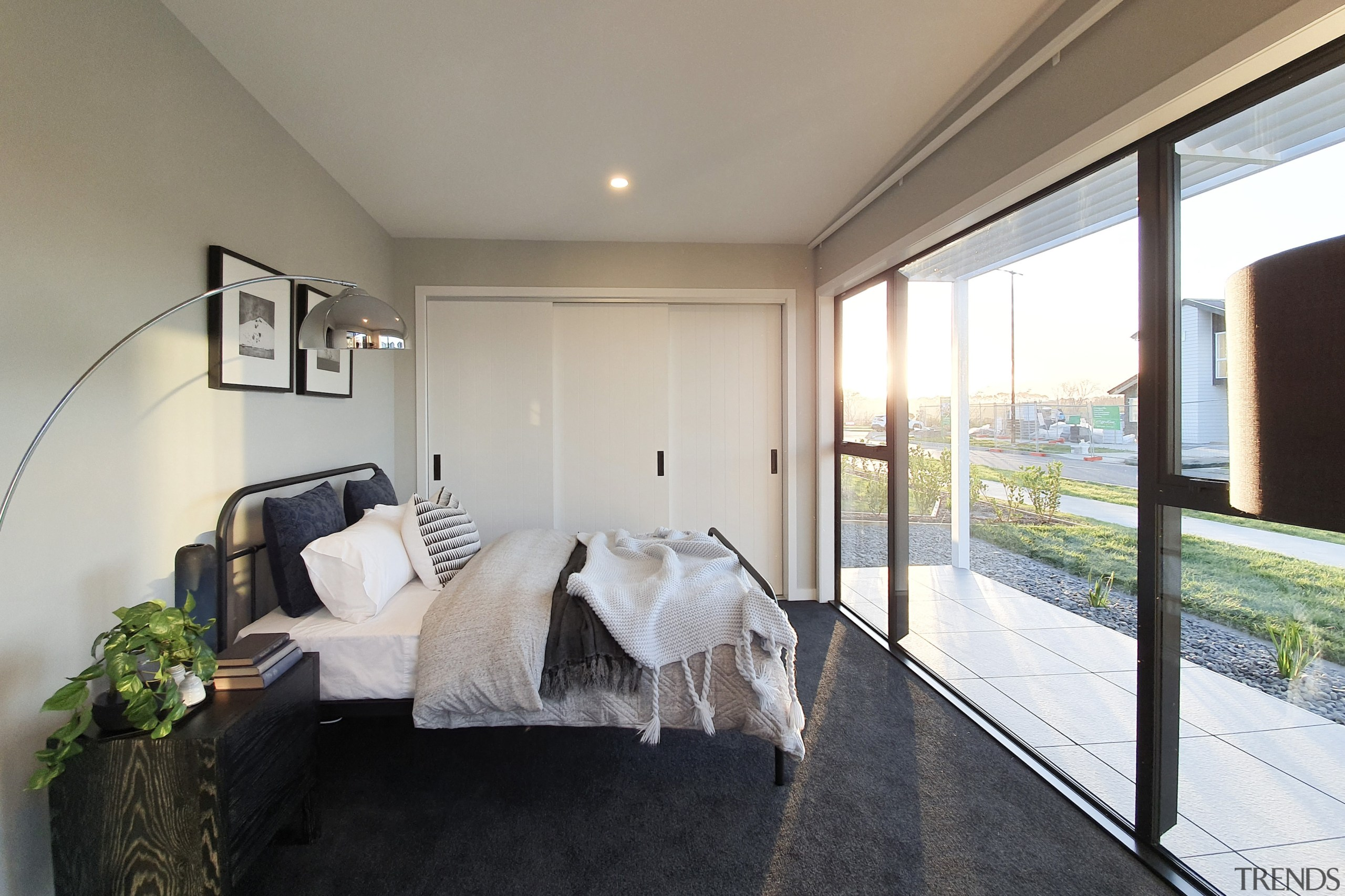 External louvres and wall-sized windows allow for plenty