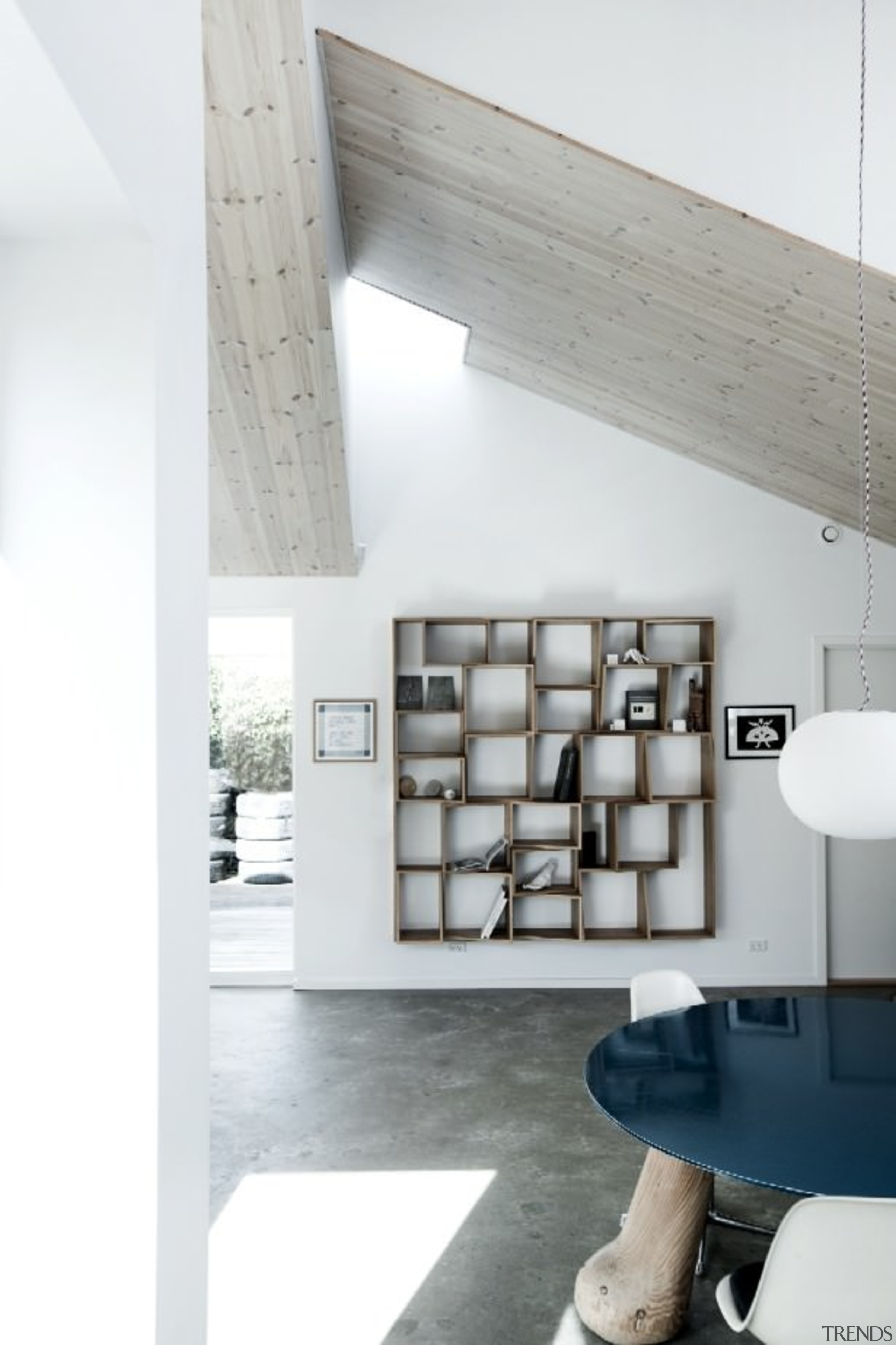 Architect: Sigured LarsenPhotography by Tia Borgsmidt architecture, ceiling, daylighting, floor, furniture, house, interior design, loft, product design, shelf, shelving, wall, white, gray